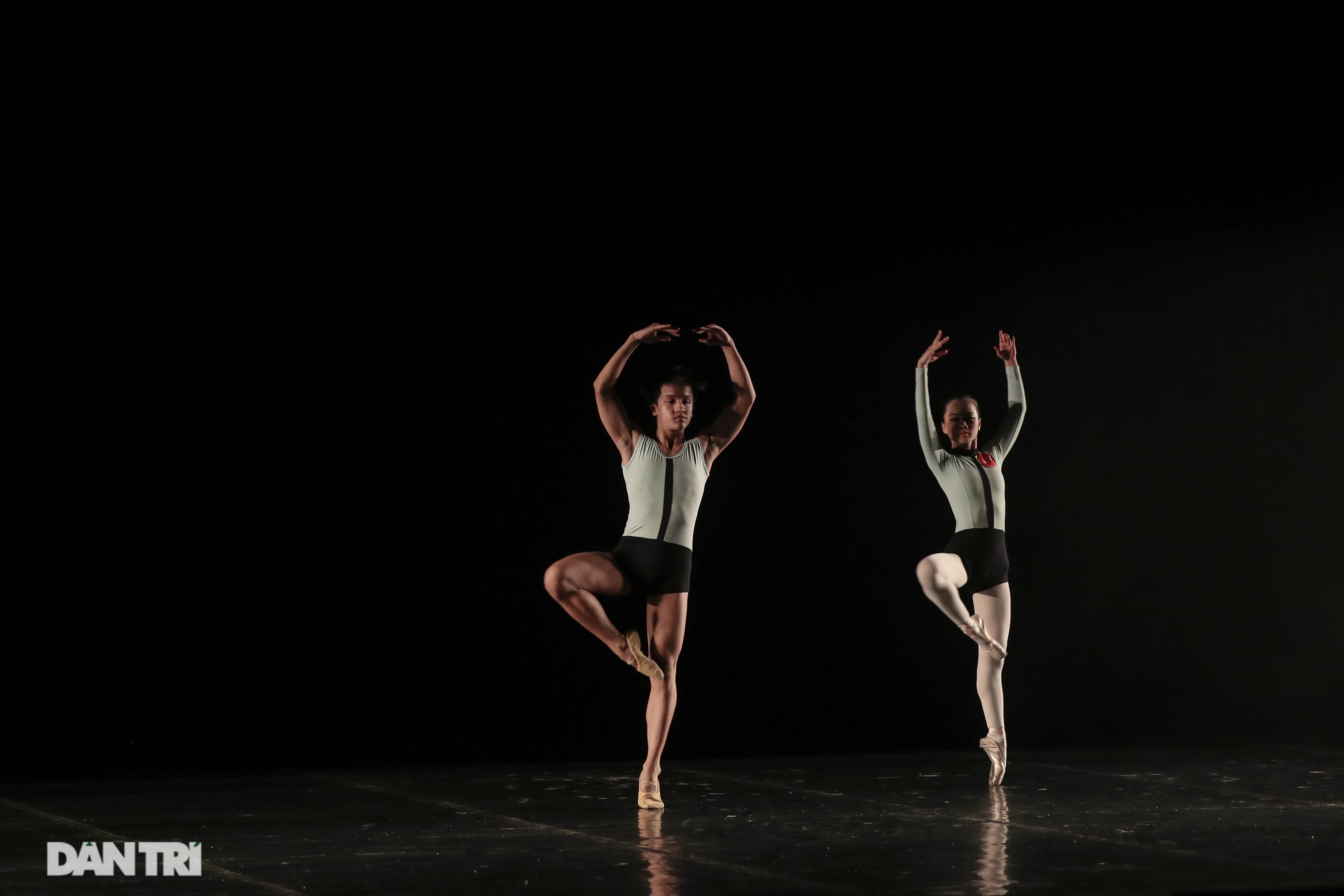 Khoảnh khắc mê hồn tại cuộc thi Tài năng biểu diễn múa - 31