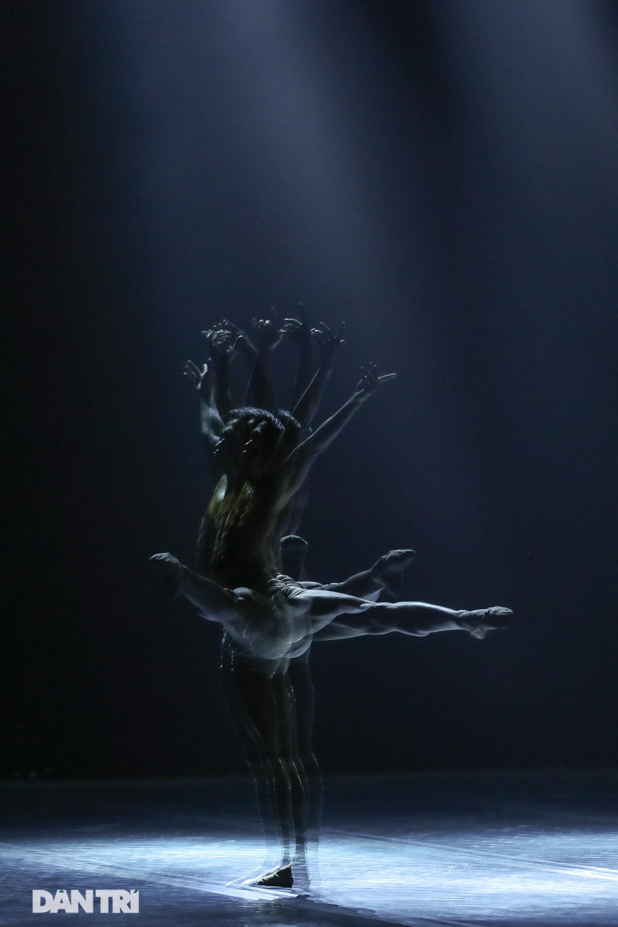 Khoảnh khắc mê hồn tại cuộc thi Tài năng biểu diễn múa - 18
