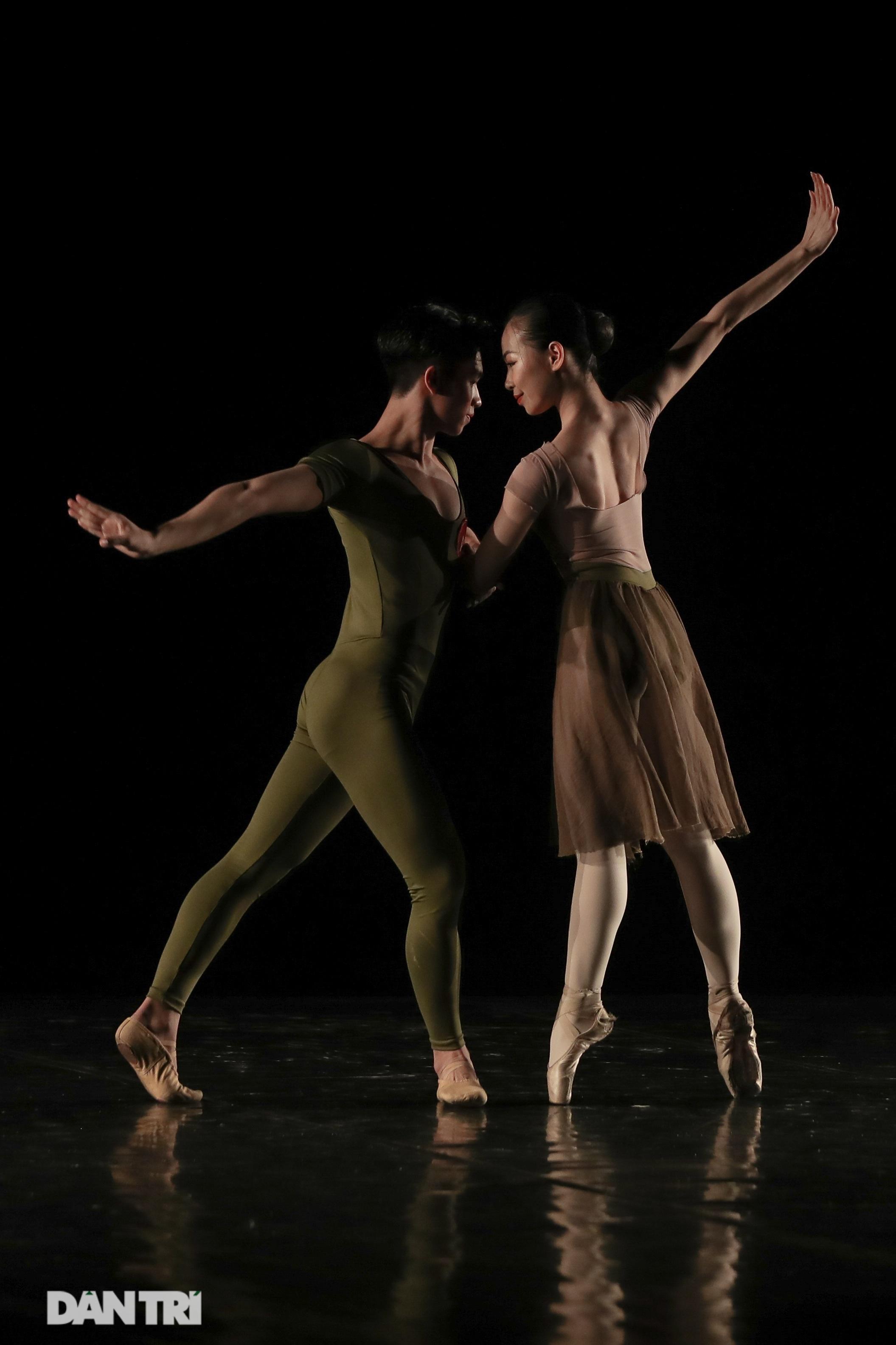 Khoảnh khắc mê hồn tại cuộc thi Tài năng biểu diễn múa - 32
