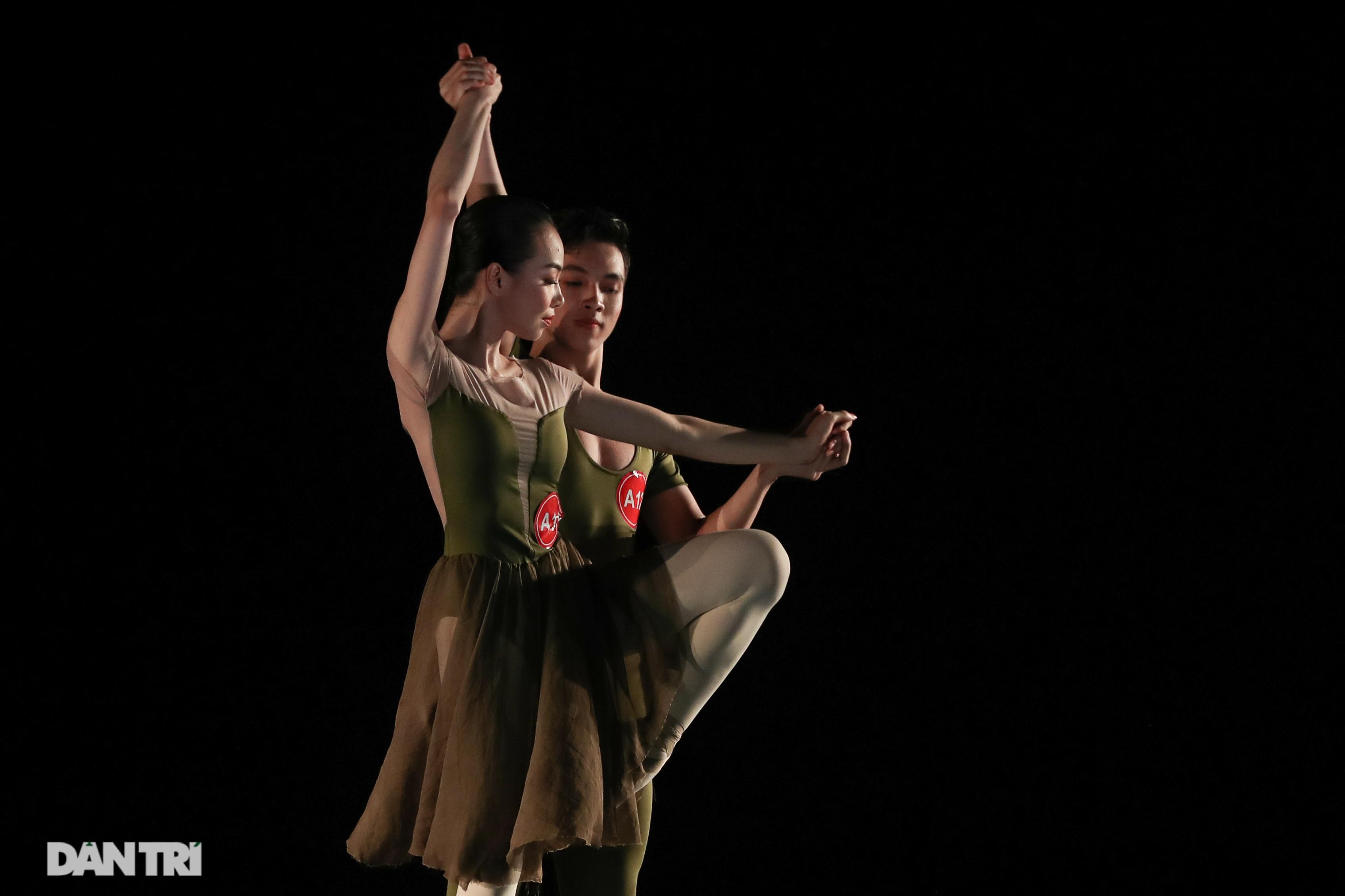 Khoảnh khắc mê hồn tại cuộc thi Tài năng biểu diễn múa - 27