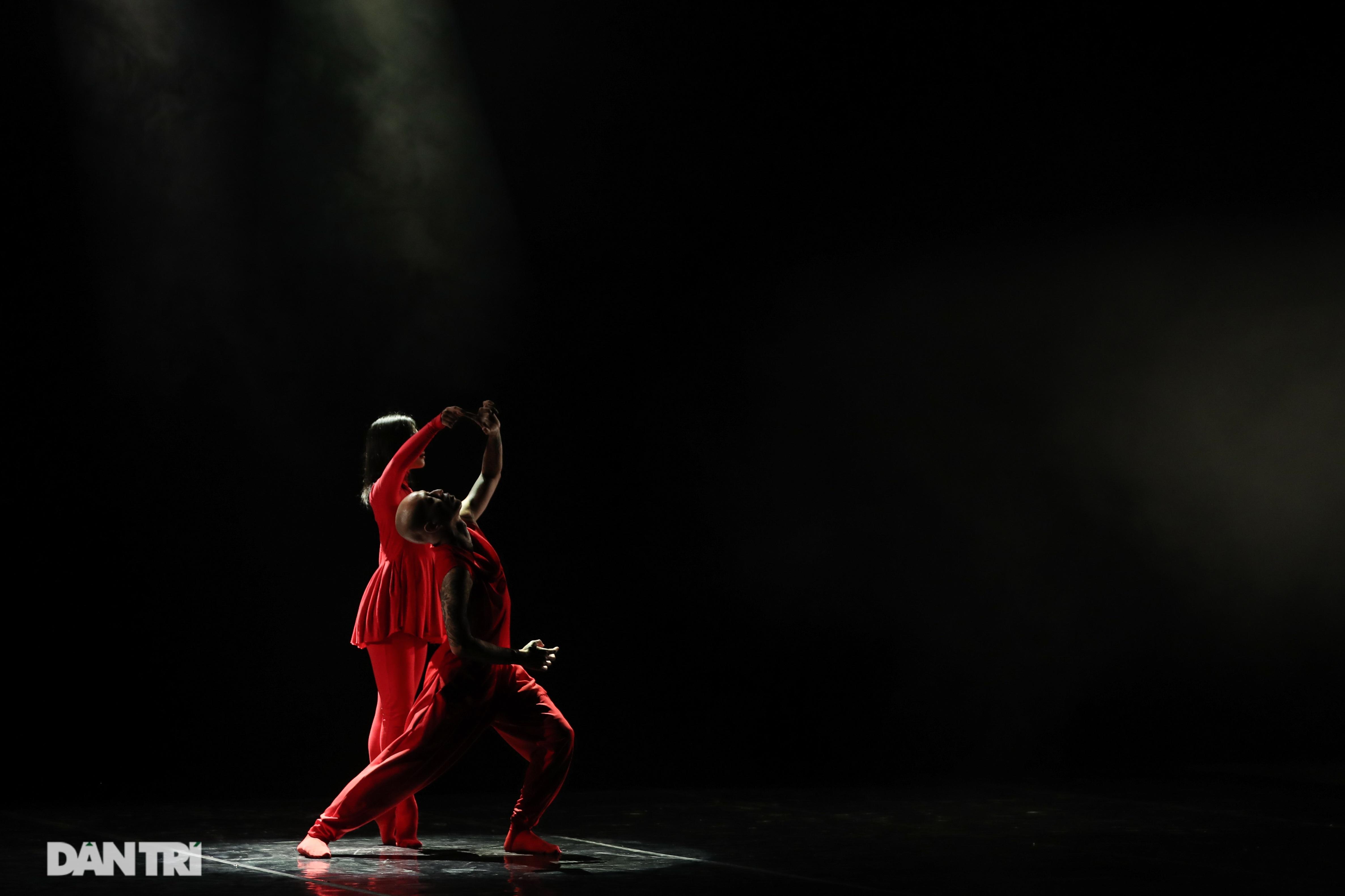 Khoảnh khắc mê hồn tại cuộc thi Tài năng biểu diễn múa - 23