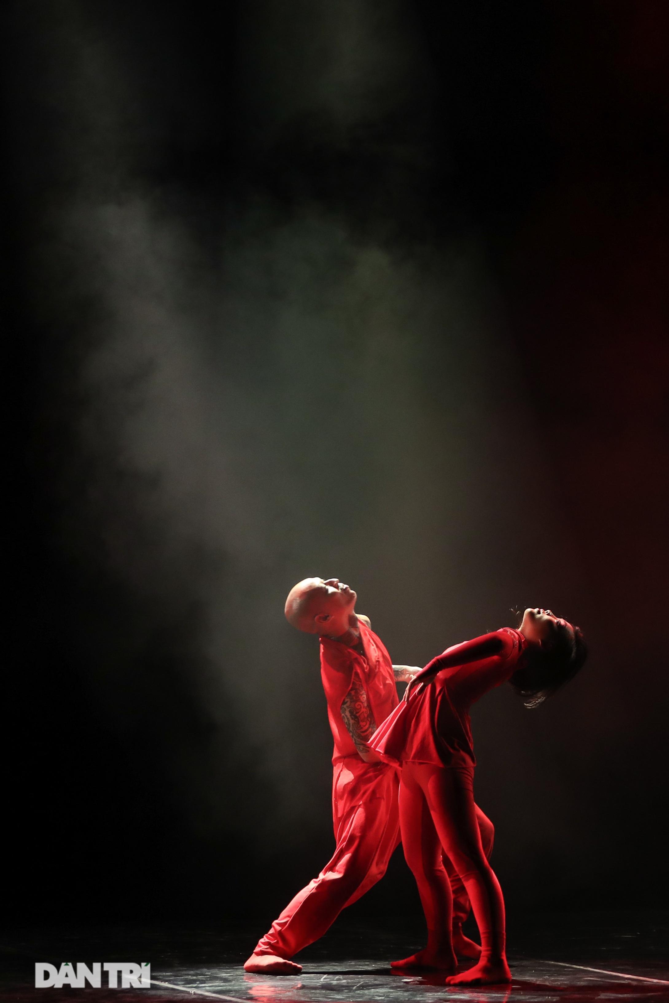 Khoảnh khắc mê hồn tại cuộc thi Tài năng biểu diễn múa - 29