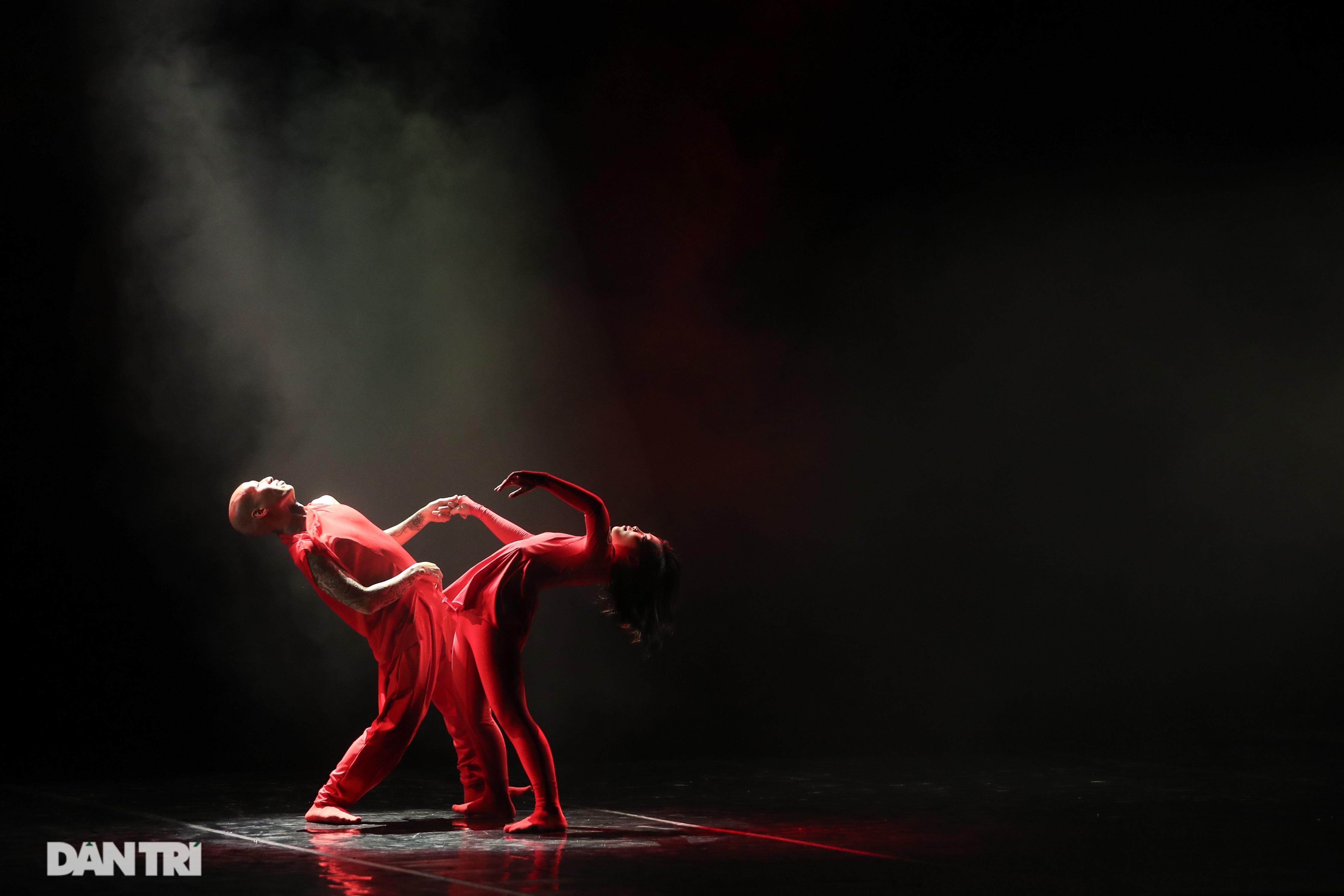 Khoảnh khắc mê hồn tại cuộc thi Tài năng biểu diễn múa - 15