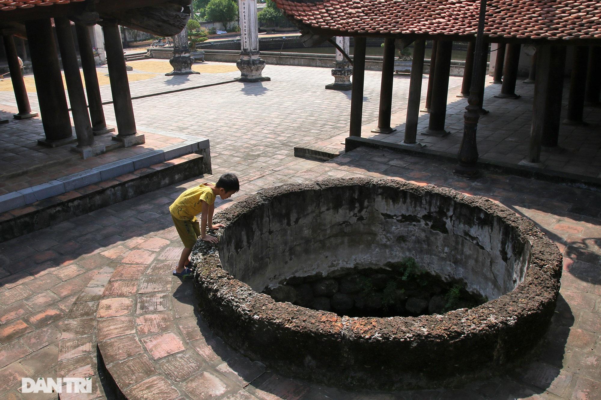Chiêm ngưỡng tuyệt tác chạm khắc hơn 400 năm tuổi tại Hà Nội - 10