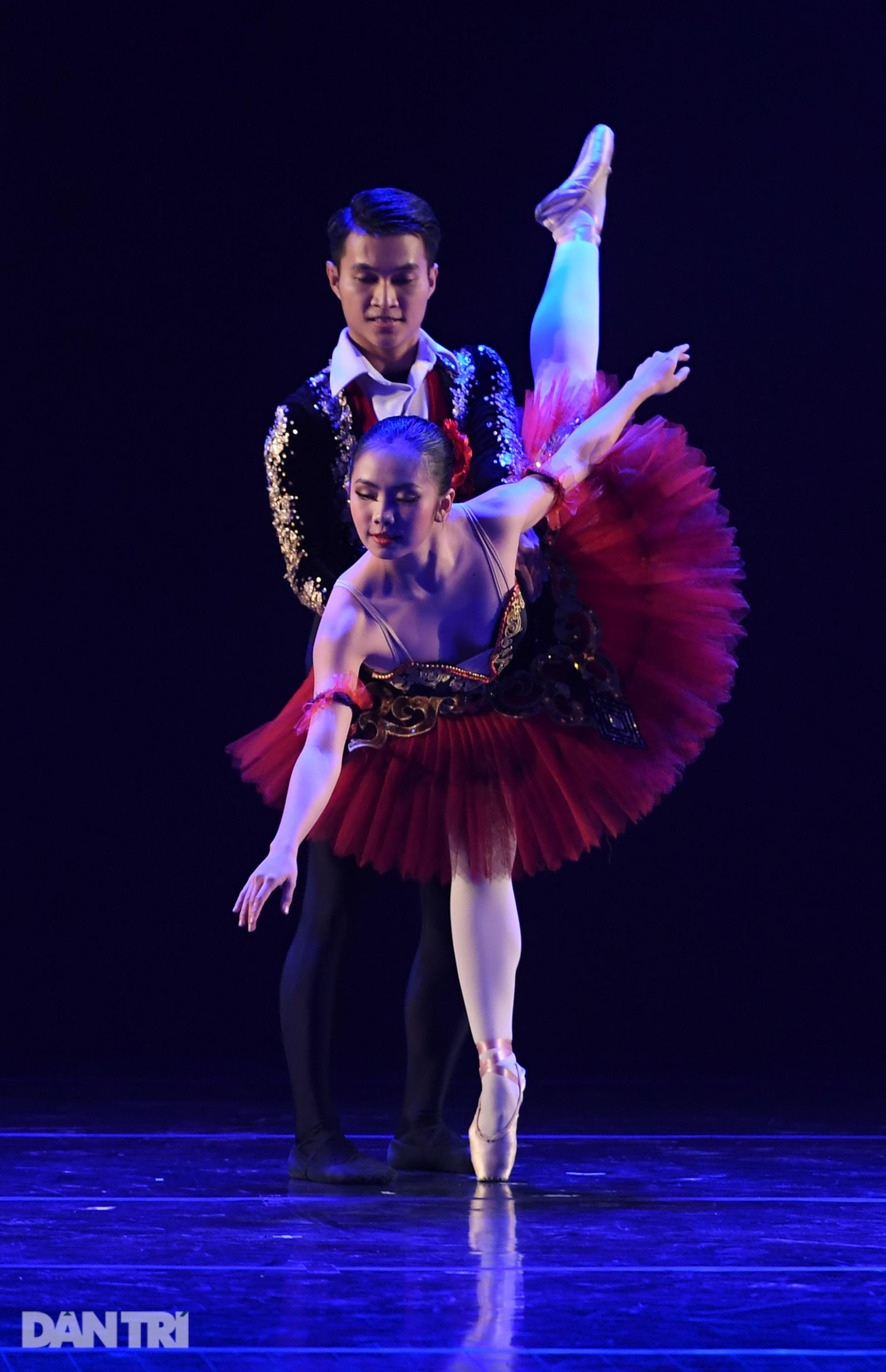 Sau những ngày tranh tài hấp dẫn, các tài năng múa đã lộ diện - 10