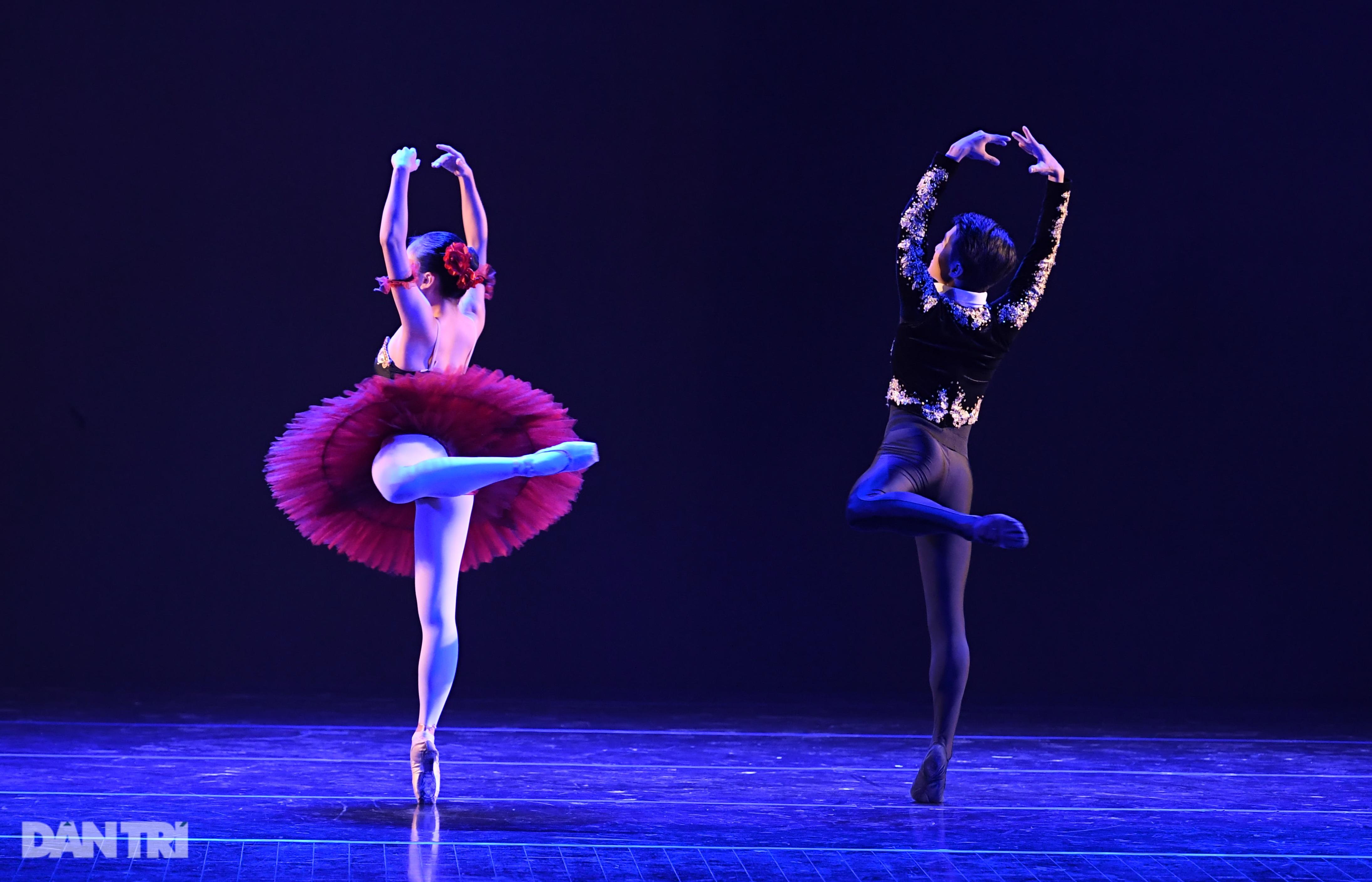 Sau những ngày tranh tài hấp dẫn, các tài năng múa đã lộ diện - 9