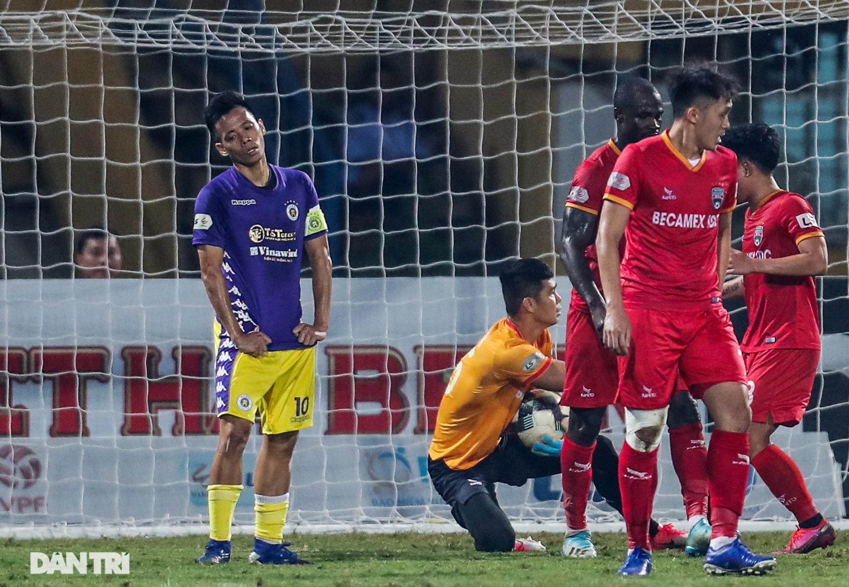 Lập công ở phút 90, Quang Hải đưa CLB Hà Nội lên ngôi đầu V-League - 7