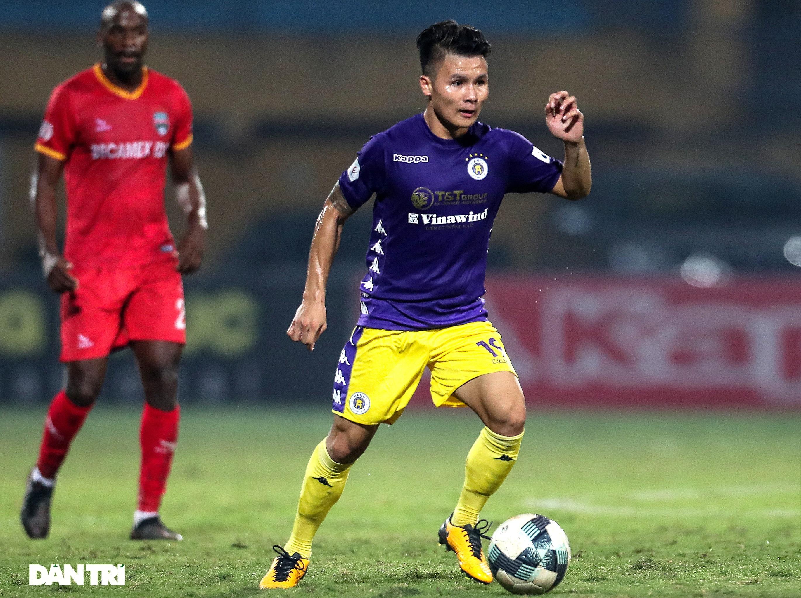 Lập công ở phút 90, Quang Hải đưa CLB Hà Nội lên ngôi đầu V-League - 10