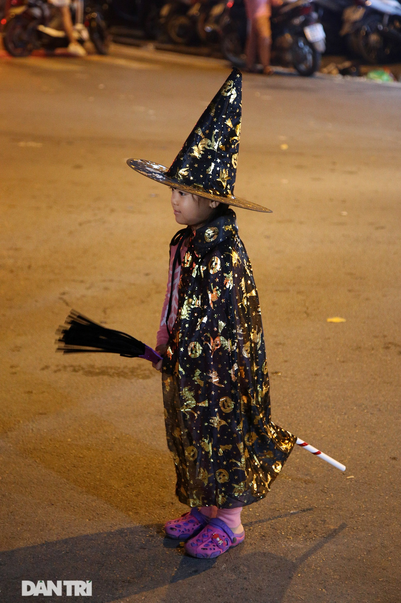 Đêm Halloween tại Hà Nội - 4