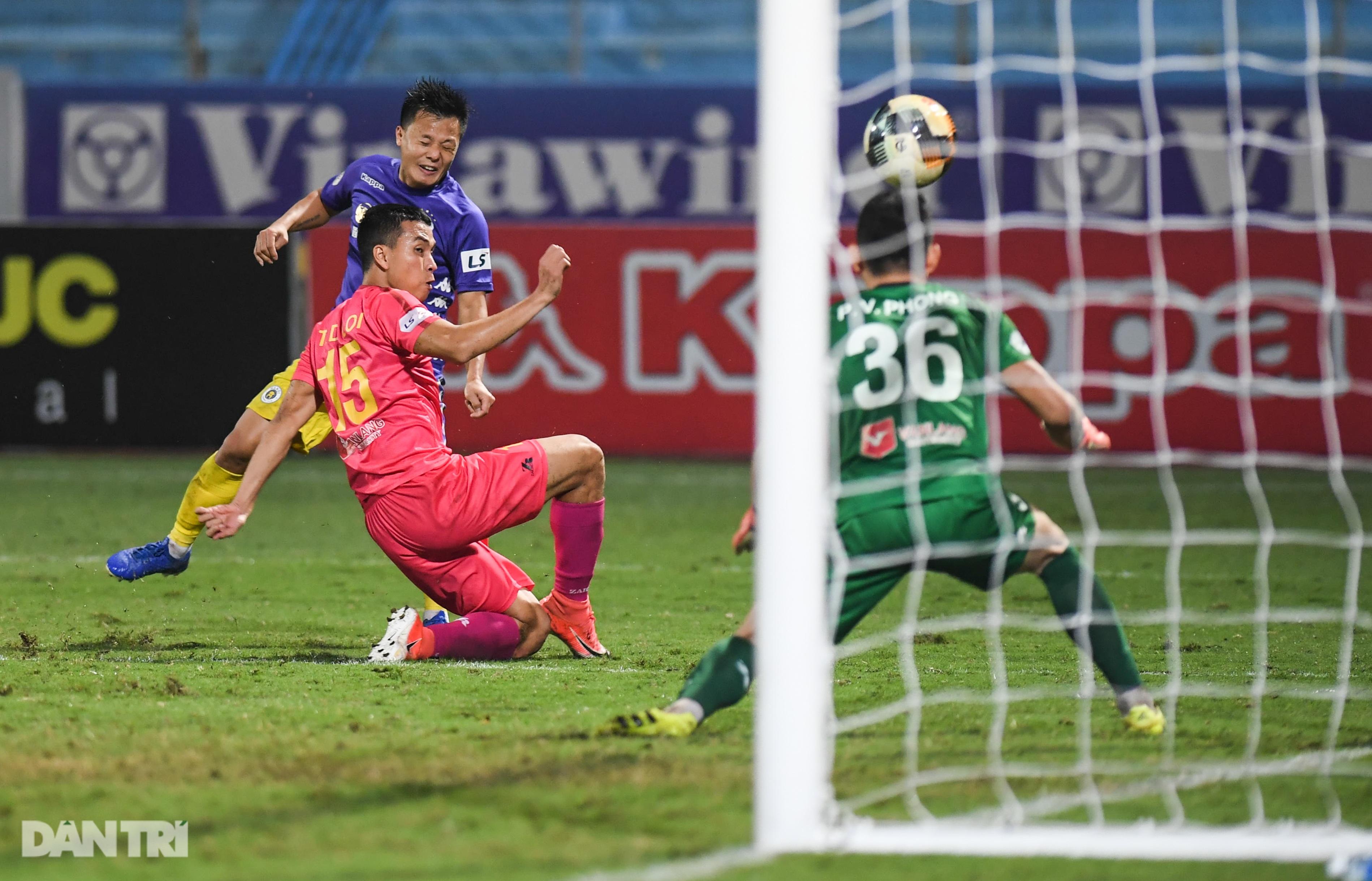 Quang Hải vẽ nên kiệt tác và hi vọng ngôi vương của CLB Hà Nội - 13