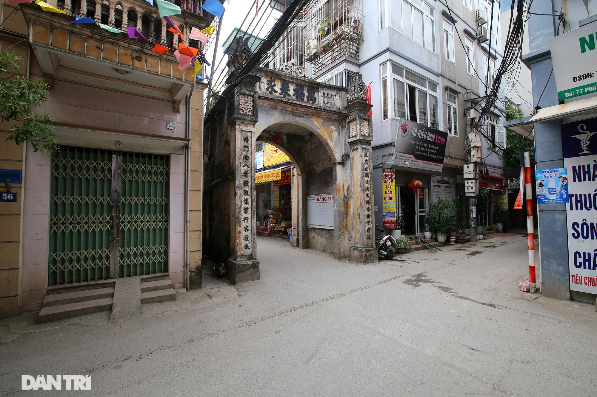 Nét hiện đại và xưa cũ trong không gian kiến trúc Hà Nội - 20