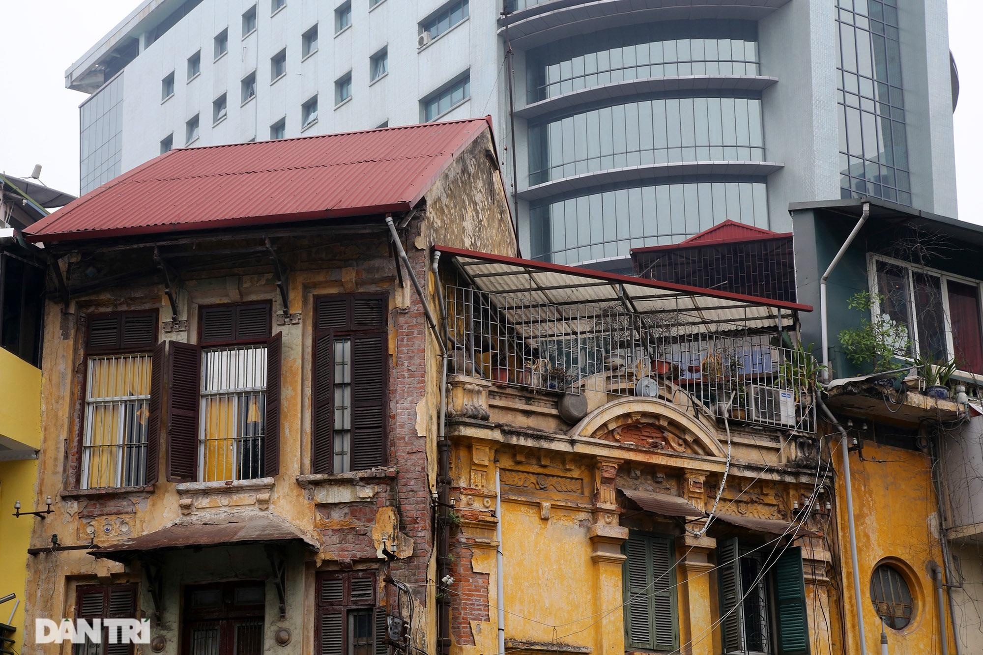 Nét hiện đại và xưa cũ trong không gian kiến trúc Hà Nội - 6