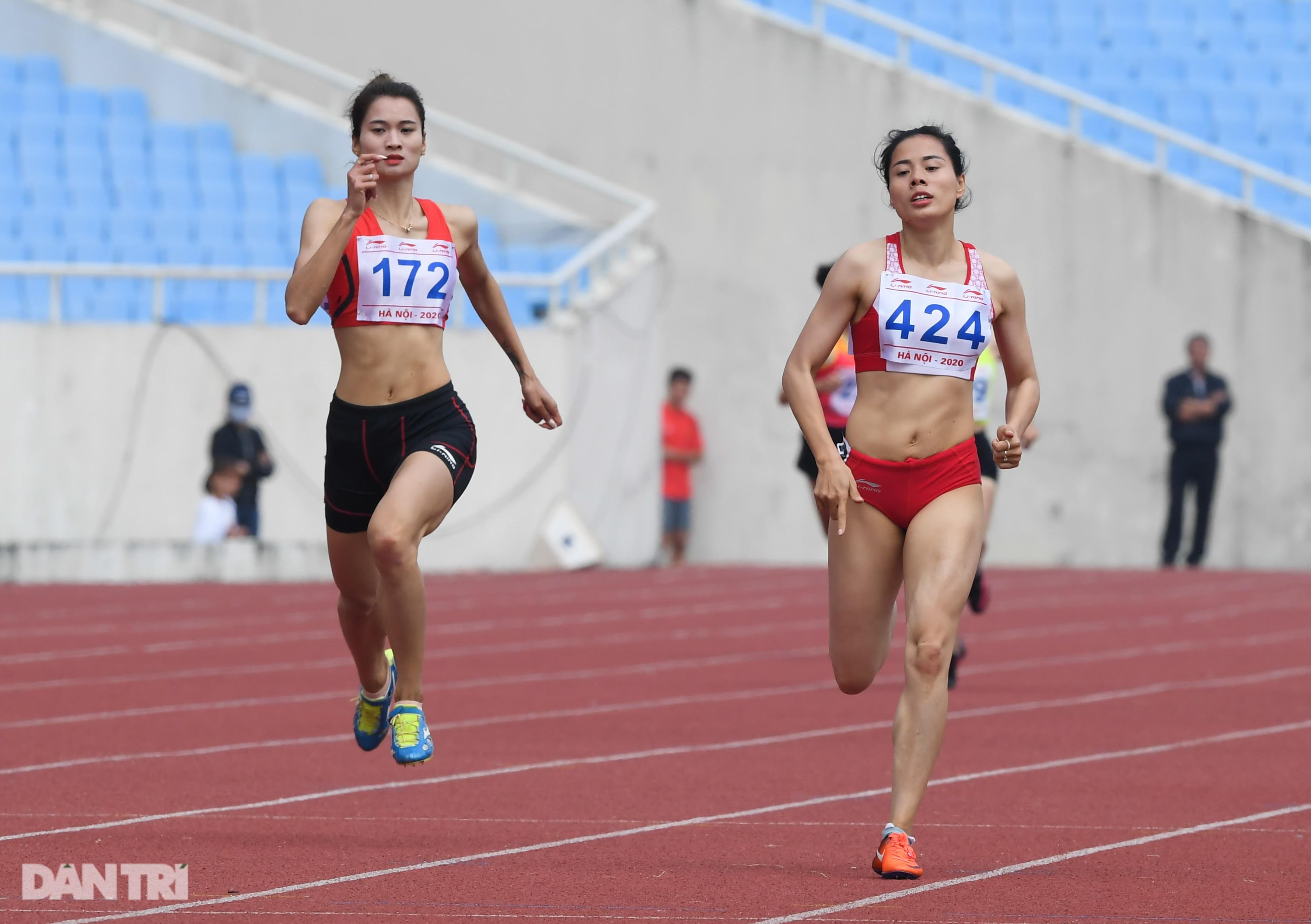 """""""Nữ hoàng điền kinh"""" Nguyễn Thị Huyền bất ngờ về nhì ở giải quốc nội - 9"""
