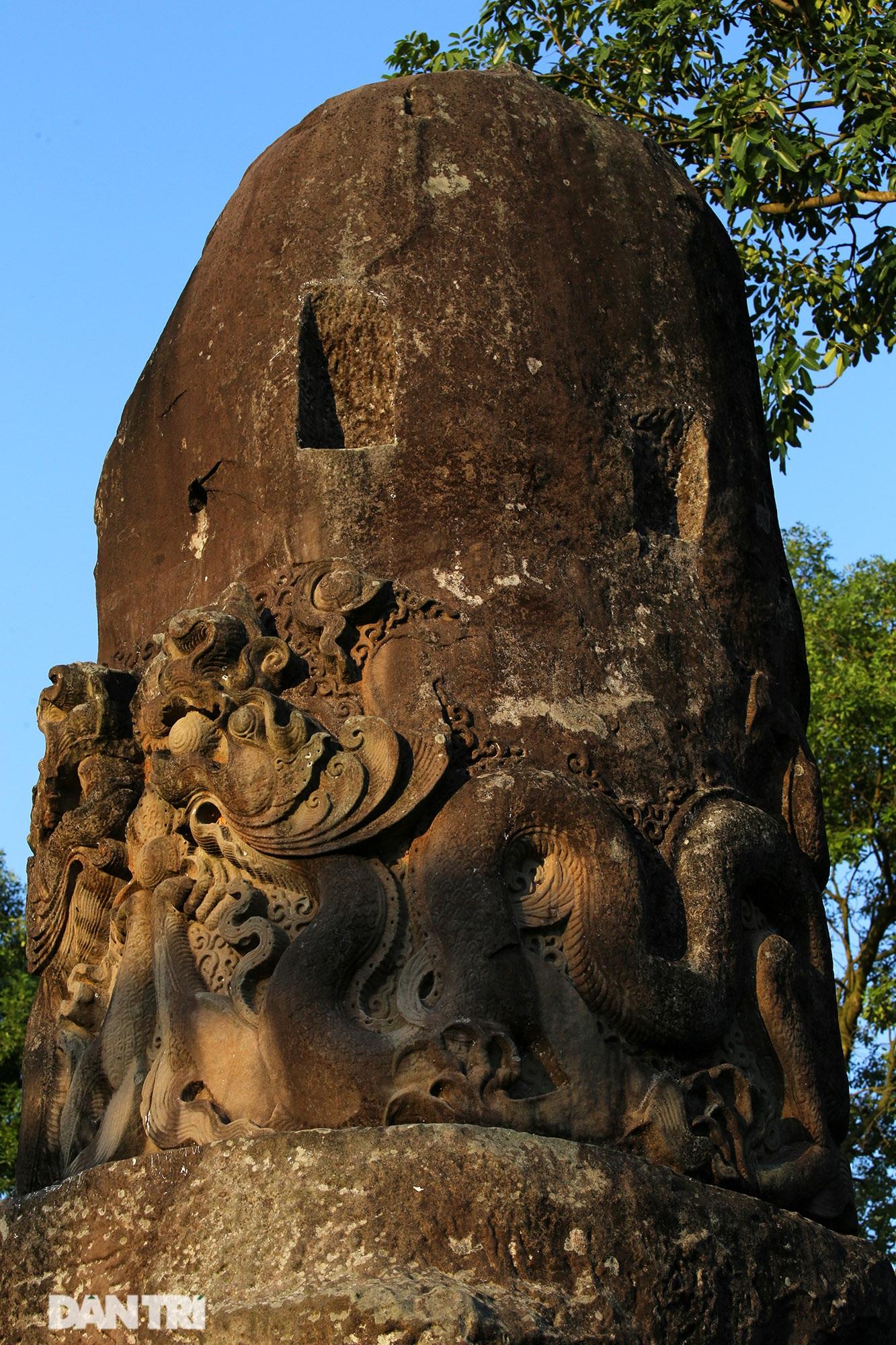 Bí ẩn cột đá nghìn năm tuổi bên sườn núi Đại Lãm, Bắc Ninh - 4