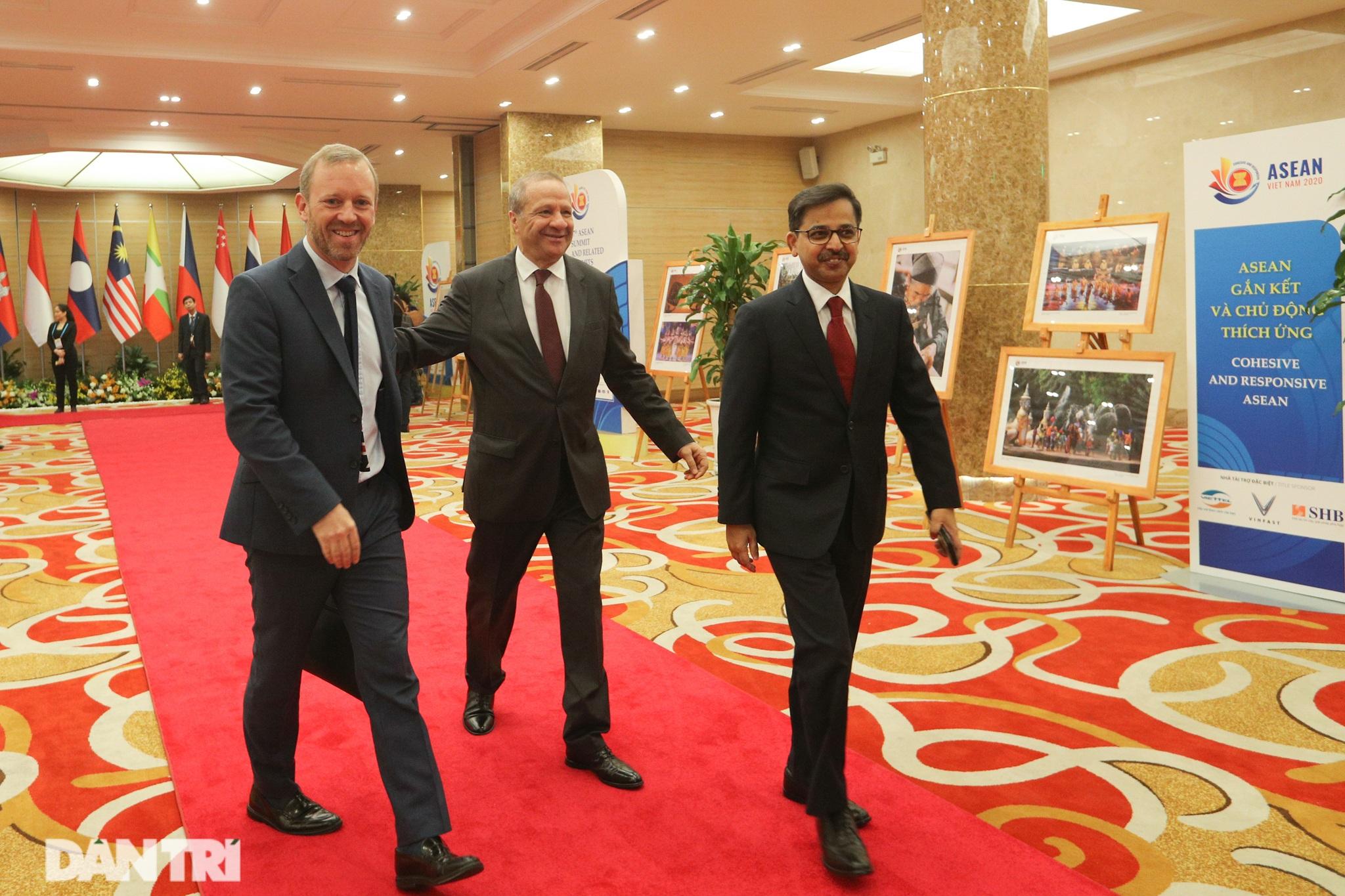 Lãnh đạo Đảng, Nhà nước dự khai mạc Hội nghị cấp cao ASEAN - 6