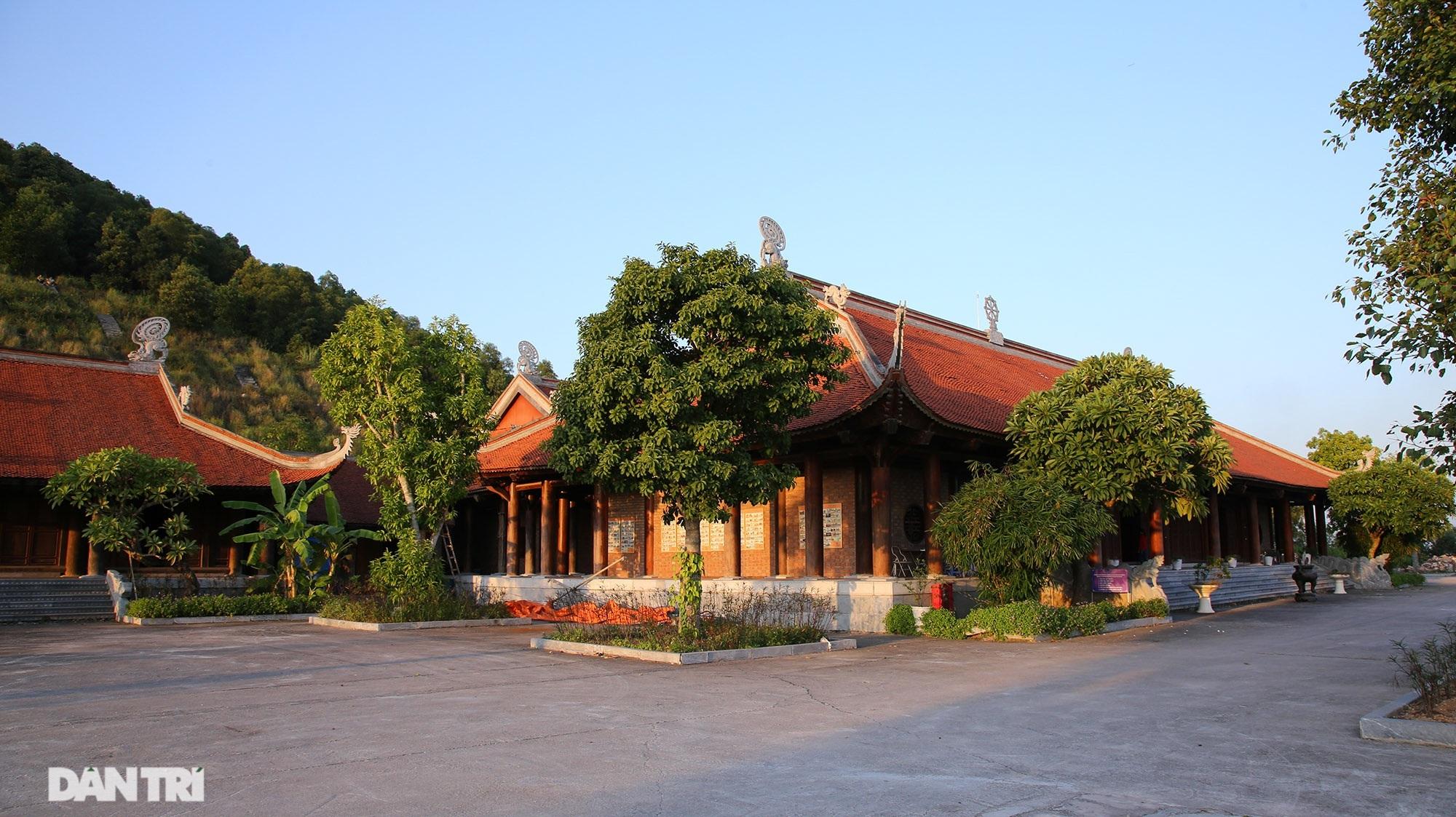 Bí ẩn cột đá nghìn năm tuổi bên sườn núi Đại Lãm, Bắc Ninh - 1
