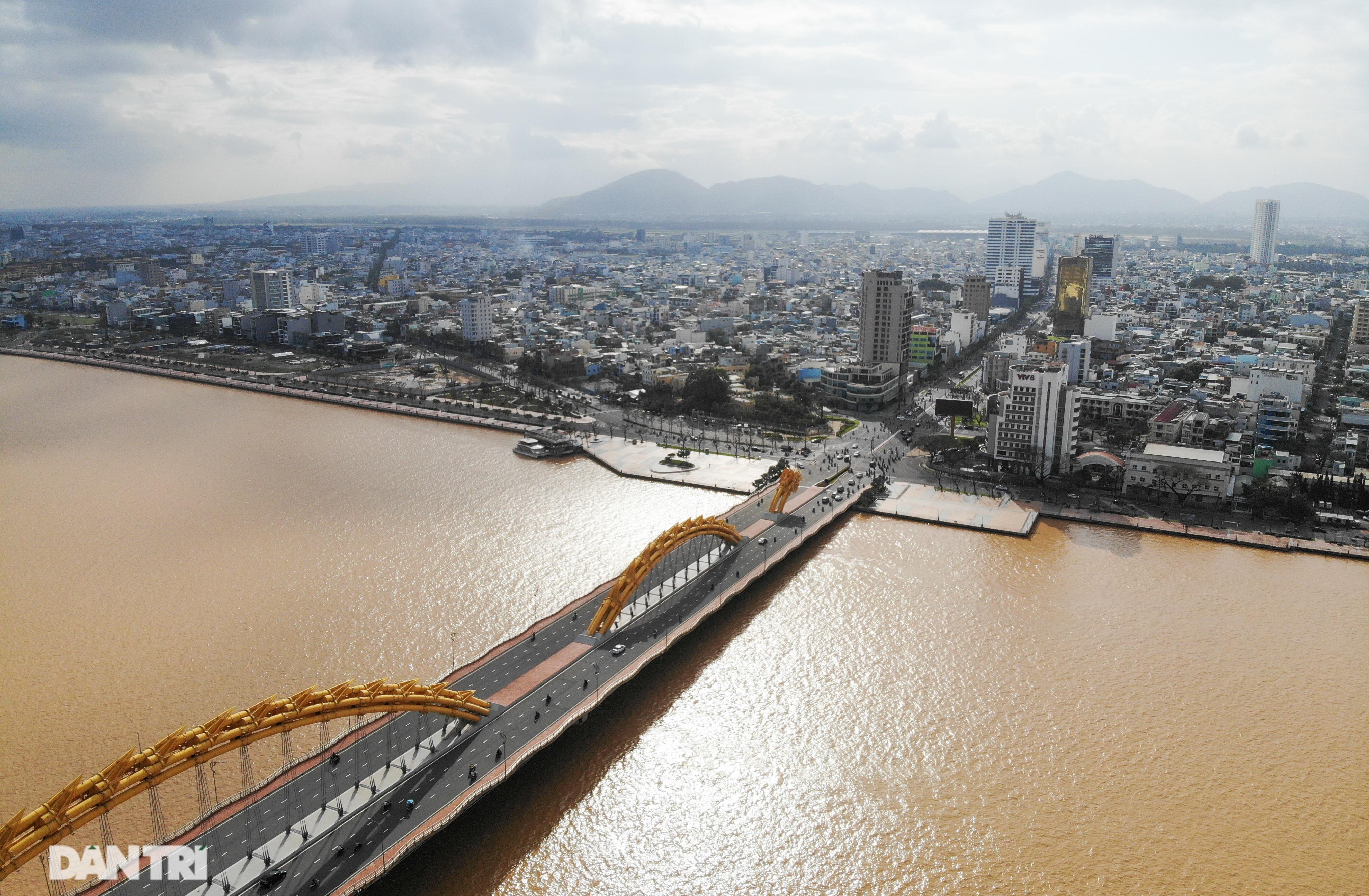 Chiêm ngưỡng 4 cây cầu ấn tượng nối đôi bờ sông Hàn ở Đà Nẵng - 1