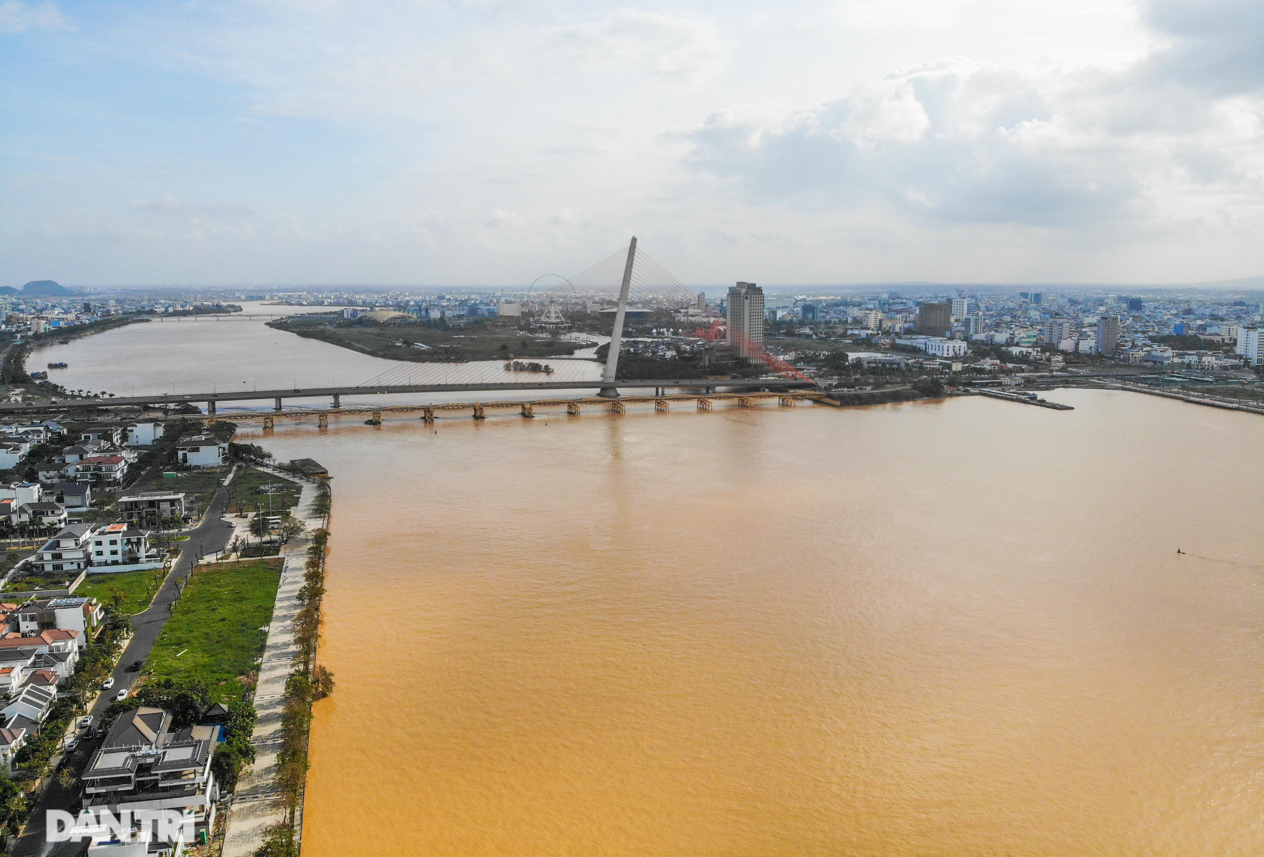 Chiêm ngưỡng 4 cây cầu ấn tượng nối đôi bờ sông Hàn ở Đà Nẵng - 15