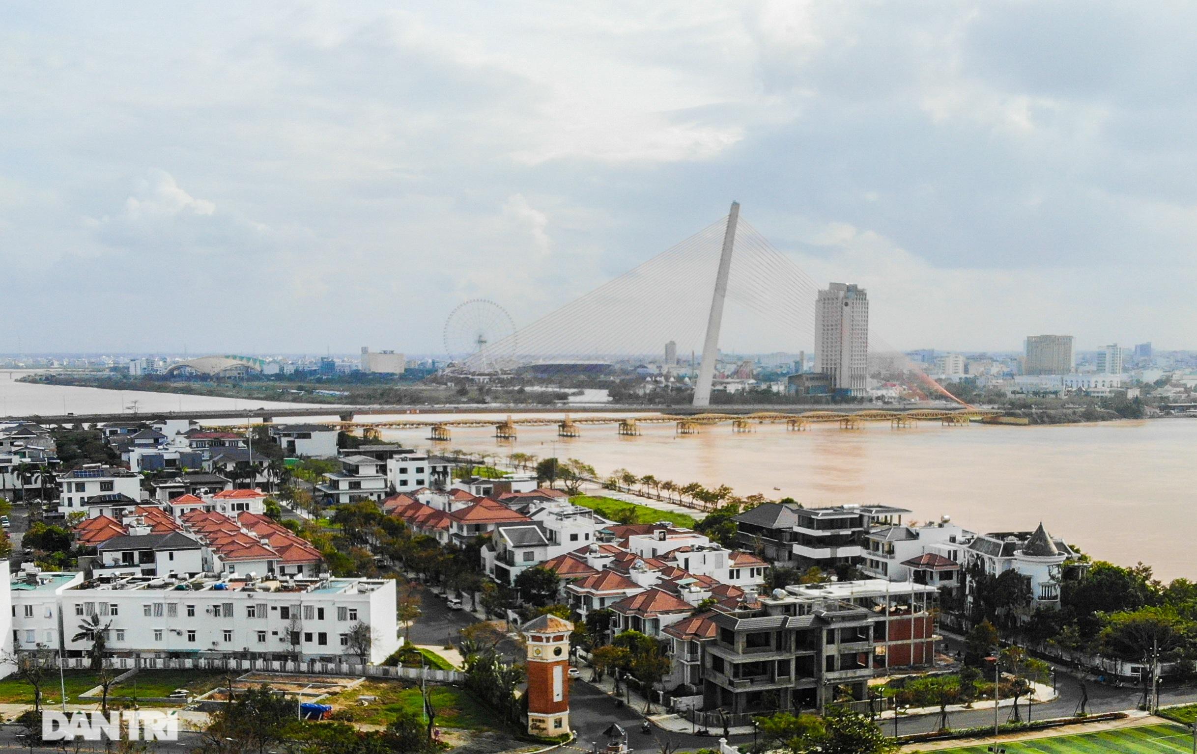 Chiêm ngưỡng 4 cây cầu ấn tượng nối đôi bờ sông Hàn ở Đà Nẵng - 17