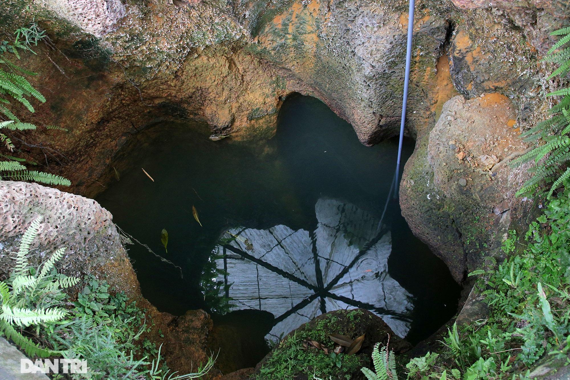 Bí ẩn 99 giếng cổ thiên tạo trong một làng ở Hà Nội - 4