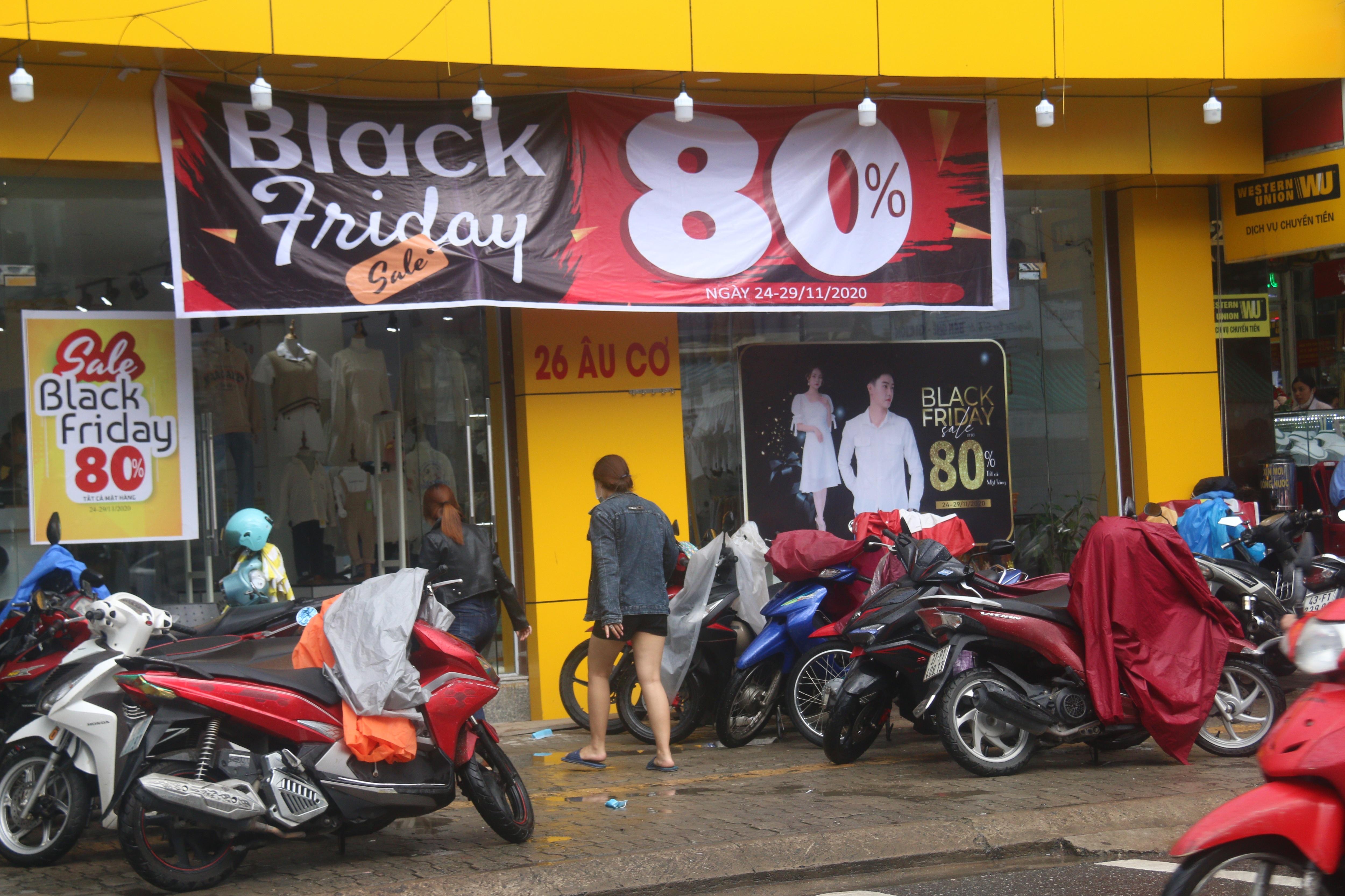 Đà Nẵng: Shop bung giá