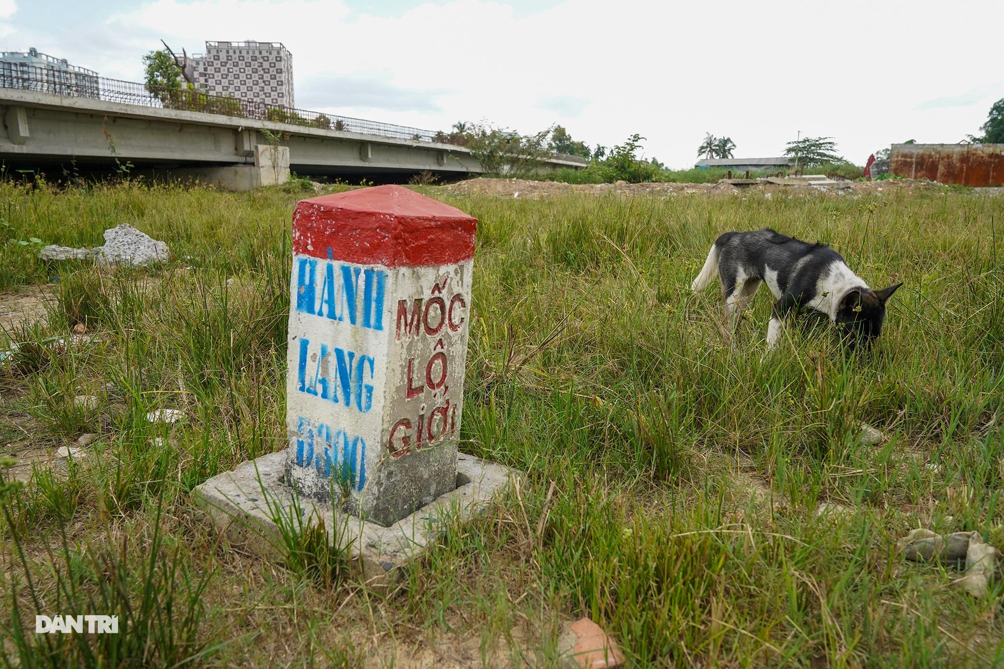 Vành đai 2 TPHCM: Sau 5 năm động thổ không xây xong 3km đường - 12