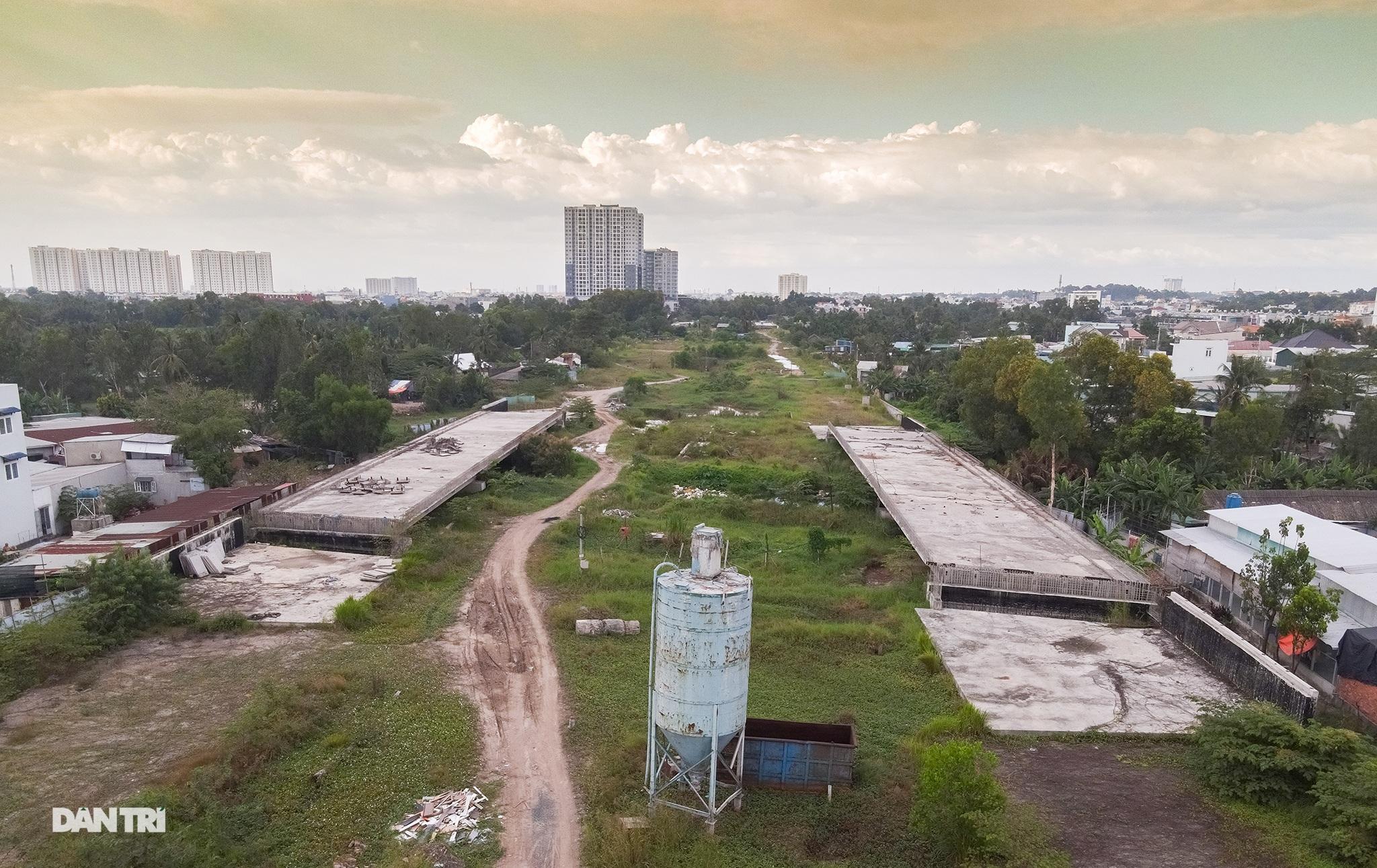 Vành đai 2 TPHCM: Sau 5 năm động thổ không xây xong 3km đường - 7