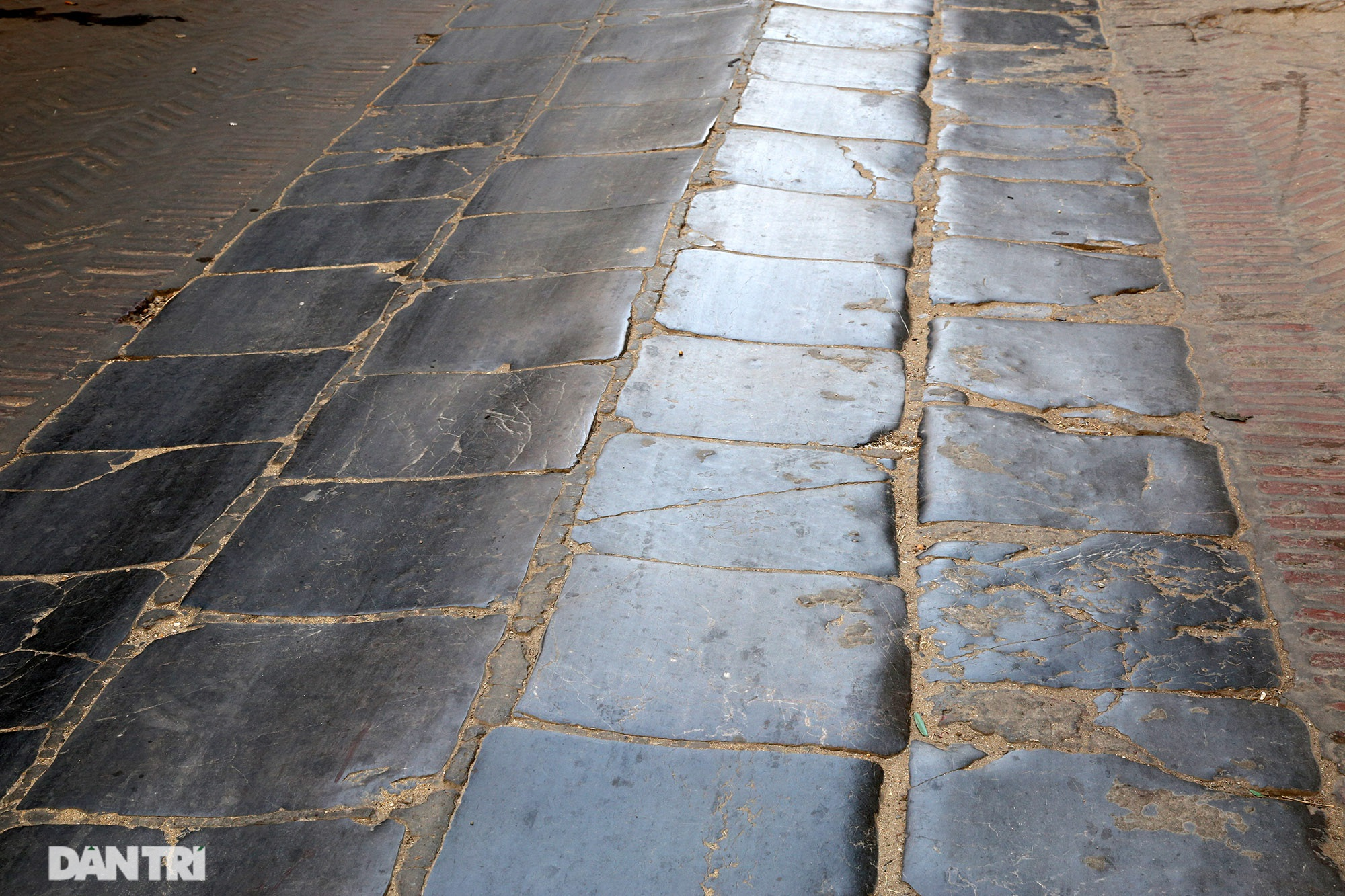 Con đường lát đá xanh vẫn bền đẹp sau gần 100 năm tại Bắc Ninh - 13