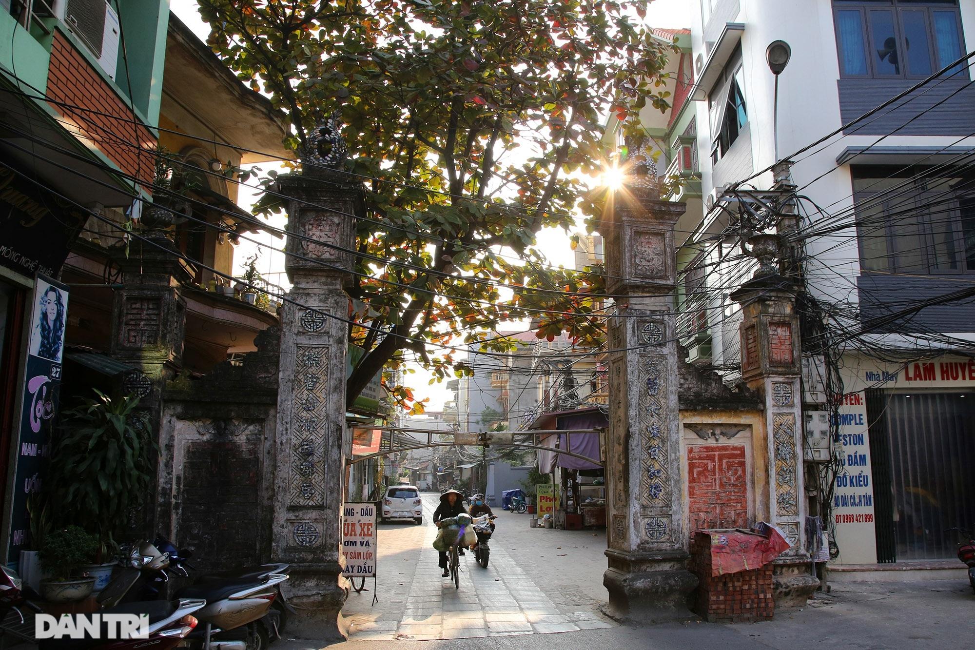 Con đường lát đá xanh vẫn bền đẹp sau gần 100 năm tại Bắc Ninh - 1