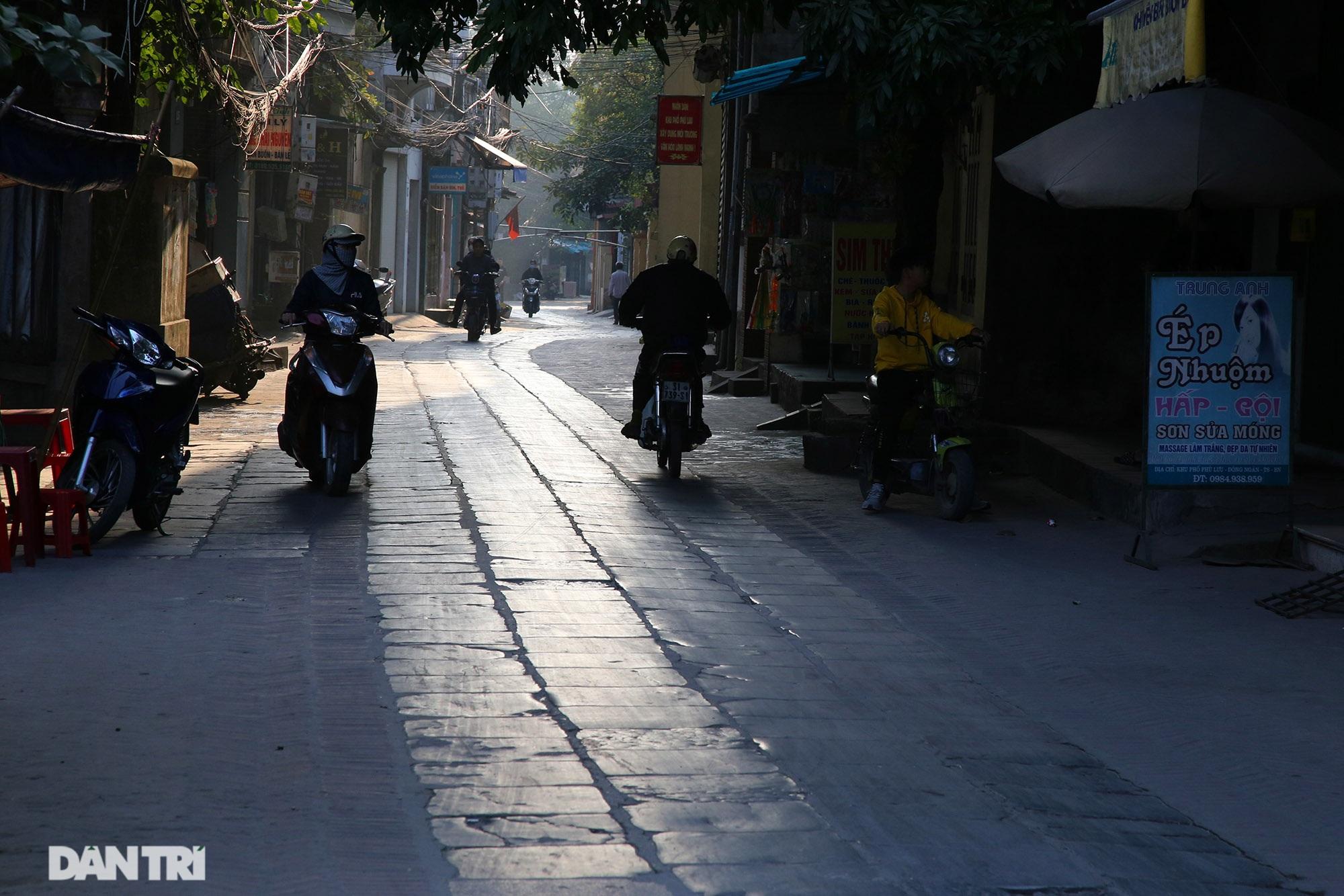 Con đường lát đá xanh vẫn bền đẹp sau gần 100 năm tại Bắc Ninh - 15