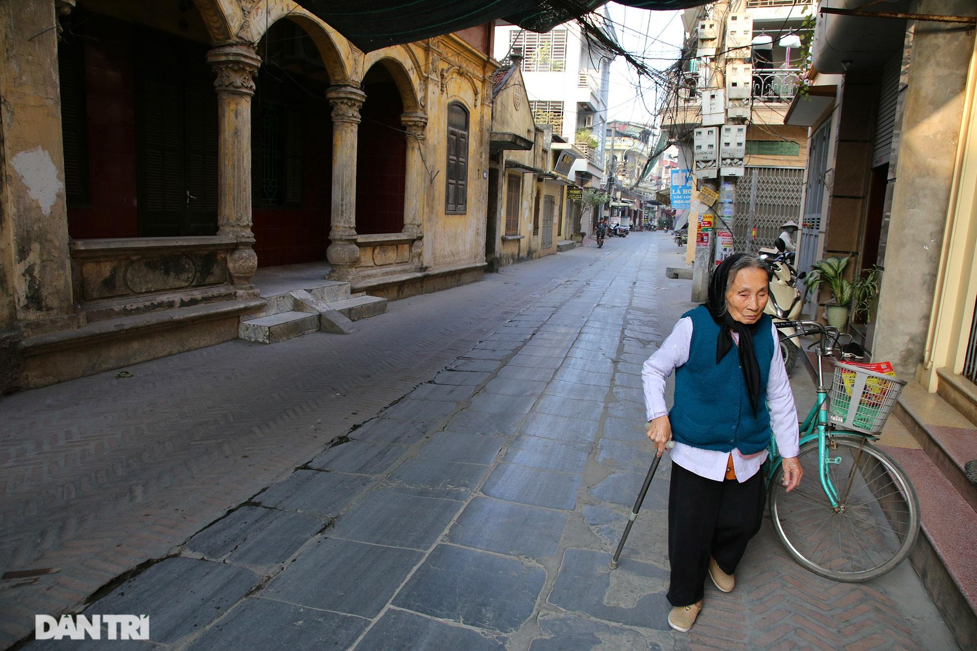 Con đường lát đá xanh vẫn bền đẹp sau gần 100 năm tại Bắc Ninh - 3