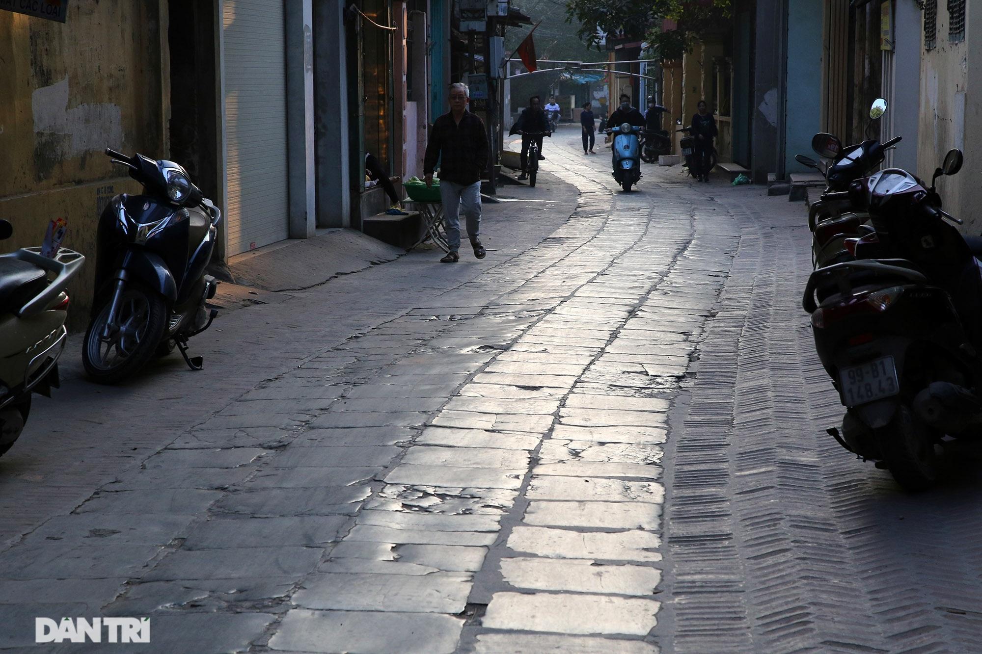 Con đường lát đá xanh vẫn bền đẹp sau gần 100 năm tại Bắc Ninh - 6