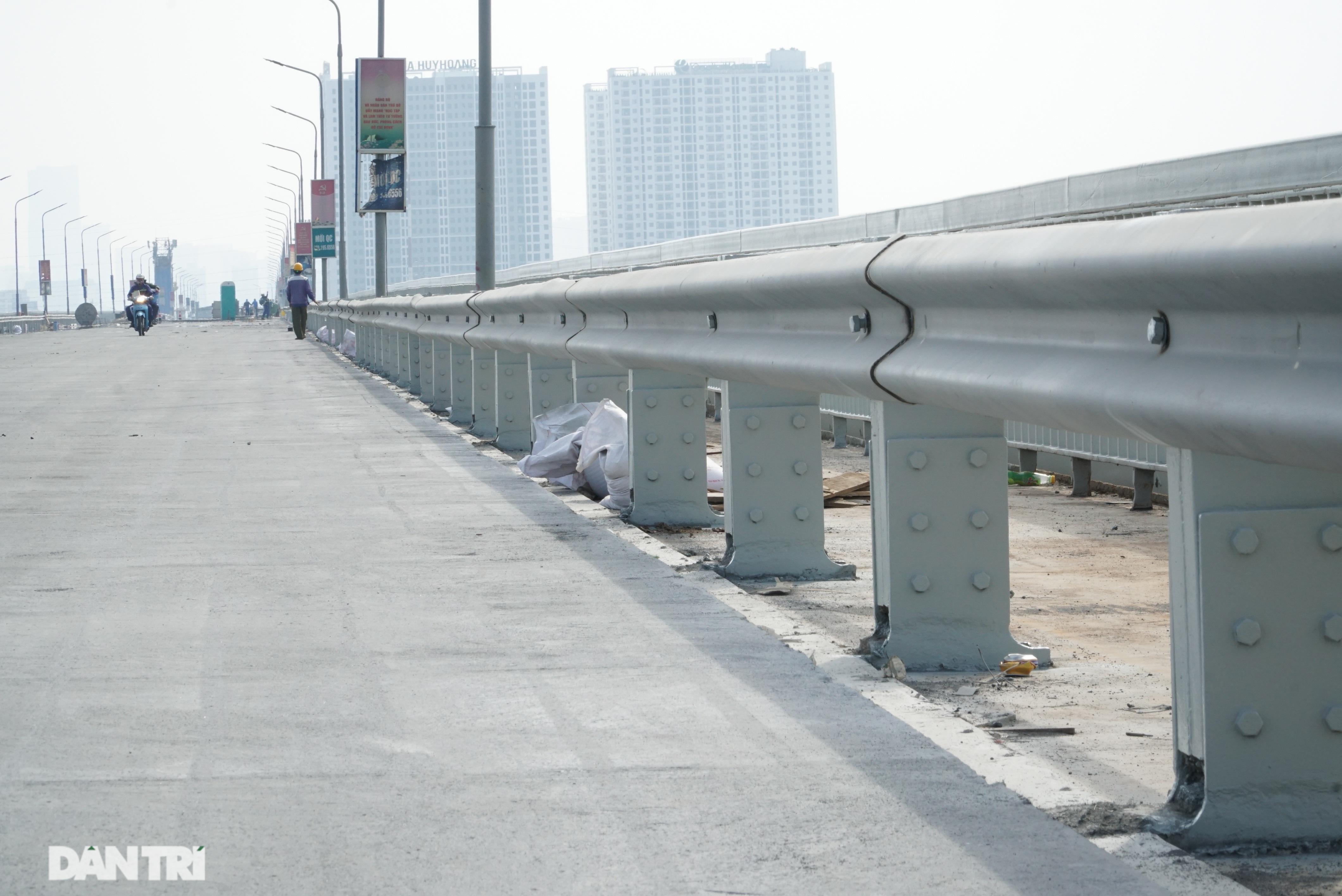 Những hình ảnh mới nhất của đại công trường sửa chữa mặt cầu Thăng Long - 11