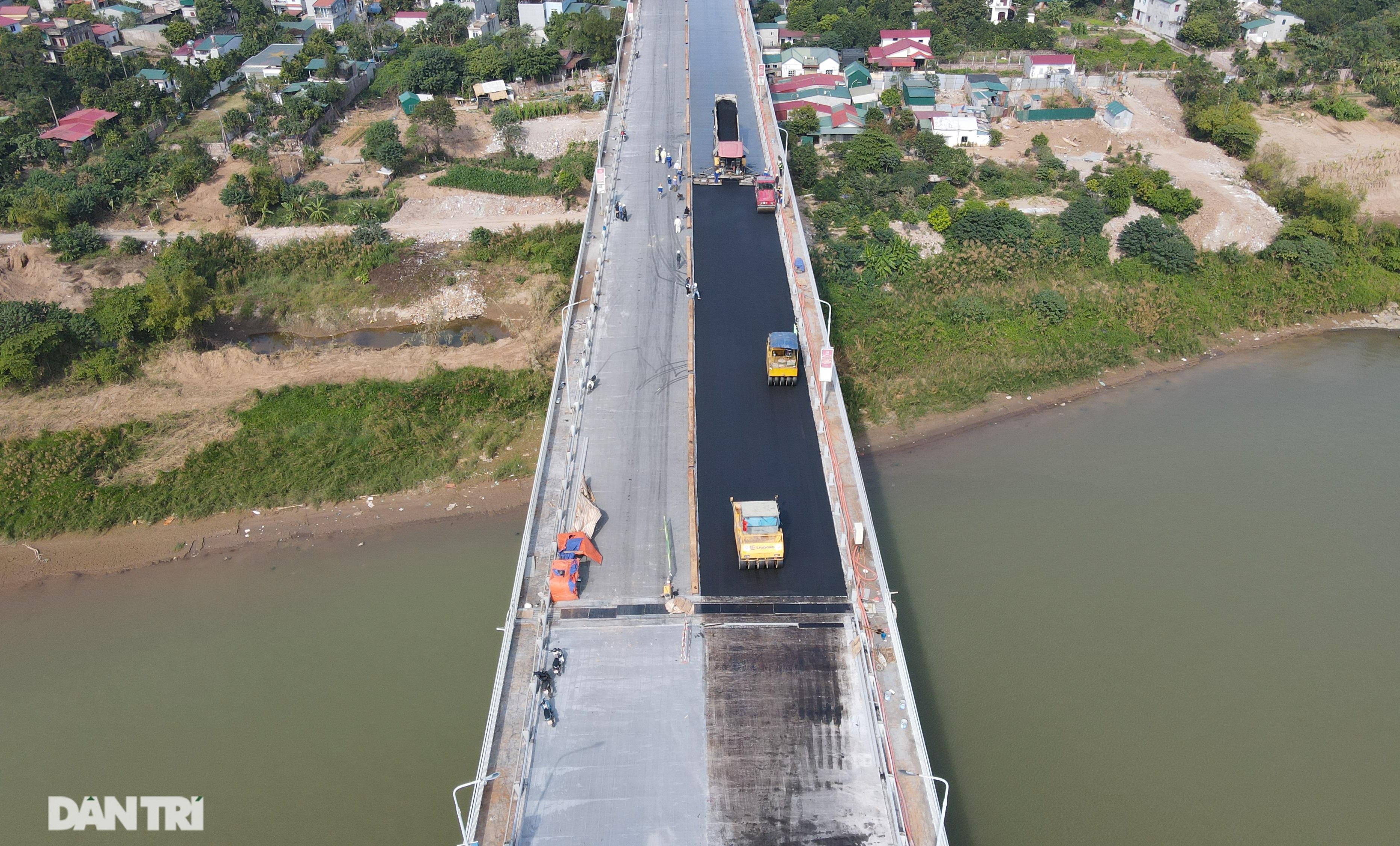 Những hình ảnh mới nhất của đại công trường sửa chữa mặt cầu Thăng Long - 2