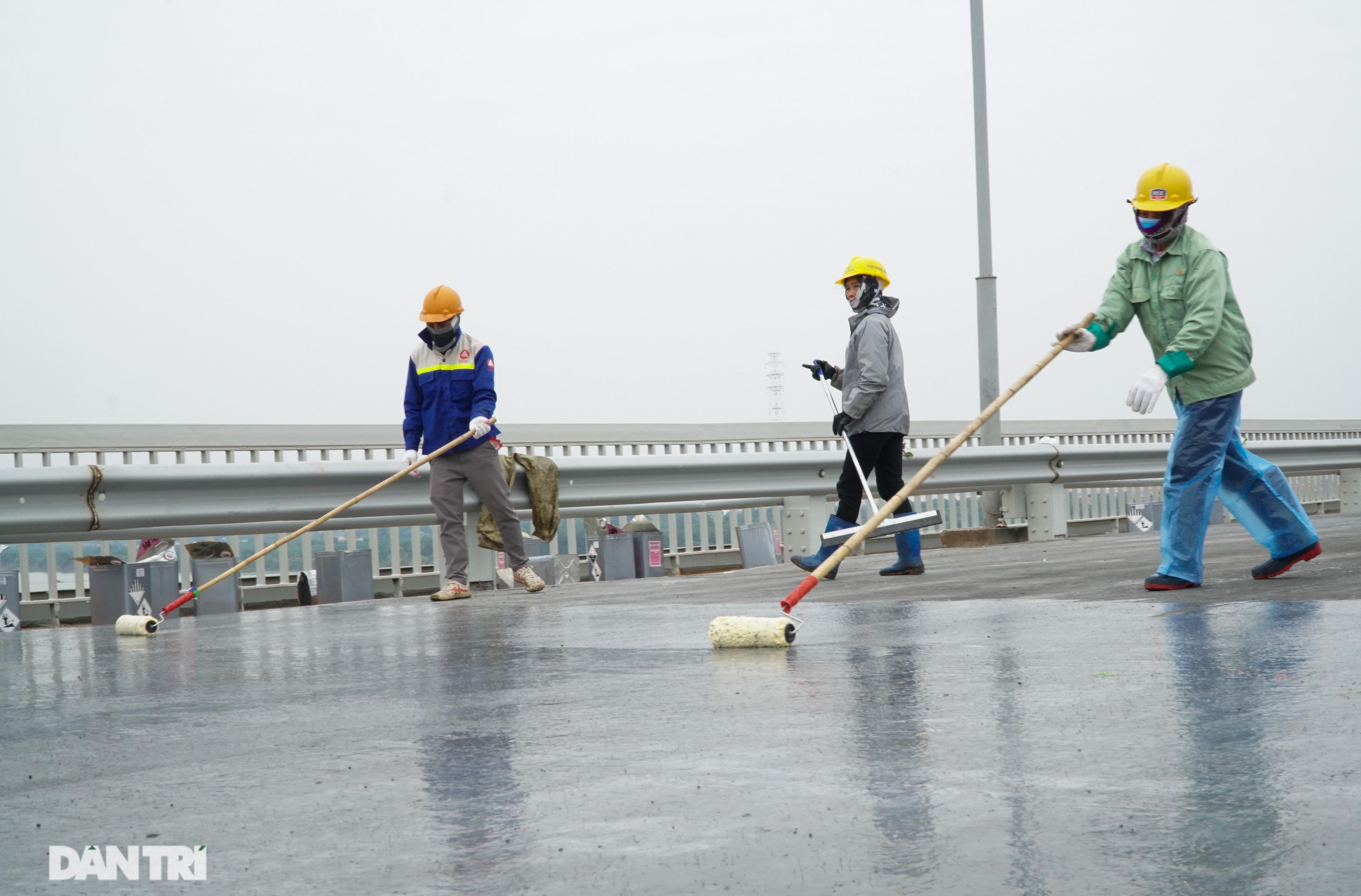 Những hình ảnh mới nhất của đại công trường sửa chữa mặt cầu Thăng Long - 8