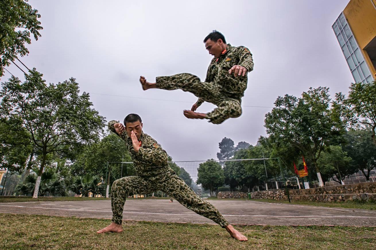 Một ngày trên thao trường của các chiến sĩ đặc công QĐND Việt Nam - 1