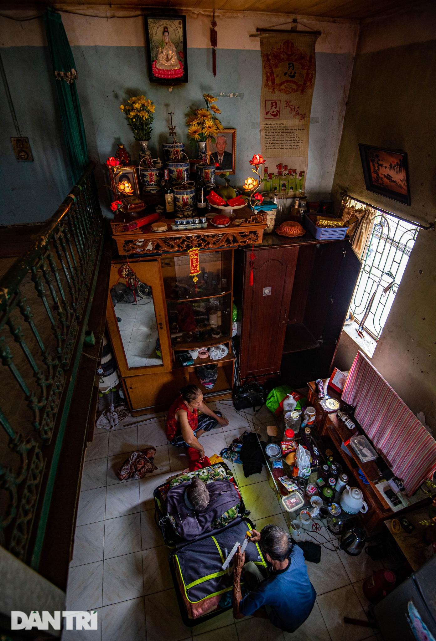 Đôi vợ chồng già trong căn nhà cuối cùng bị giải tỏa trên phố Đại La - 16
