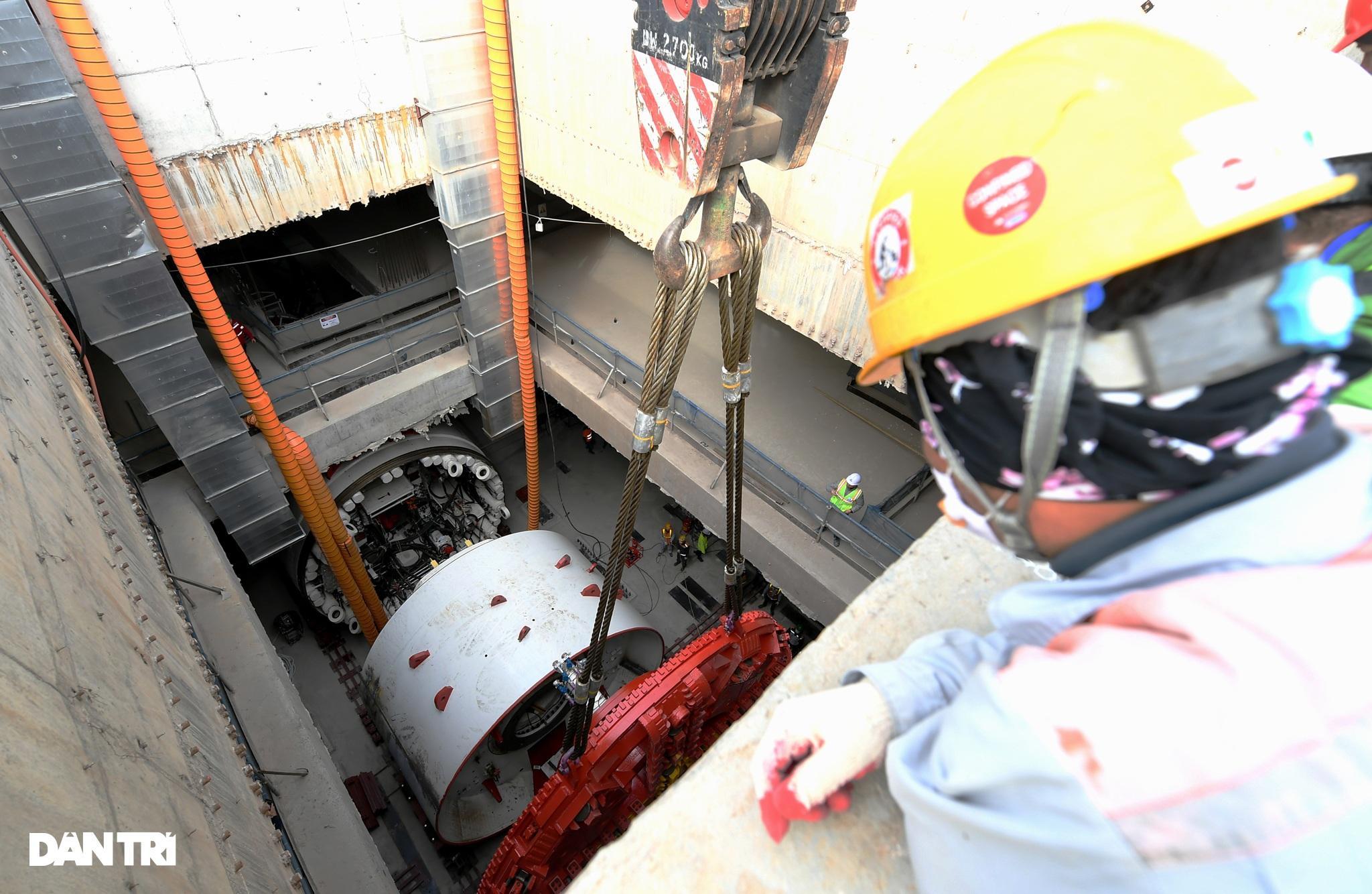 Ráp xong quái vật 860 tấn sẵn sàng đào hầm đường sắt Nhổn - ga Hà Nội - 10