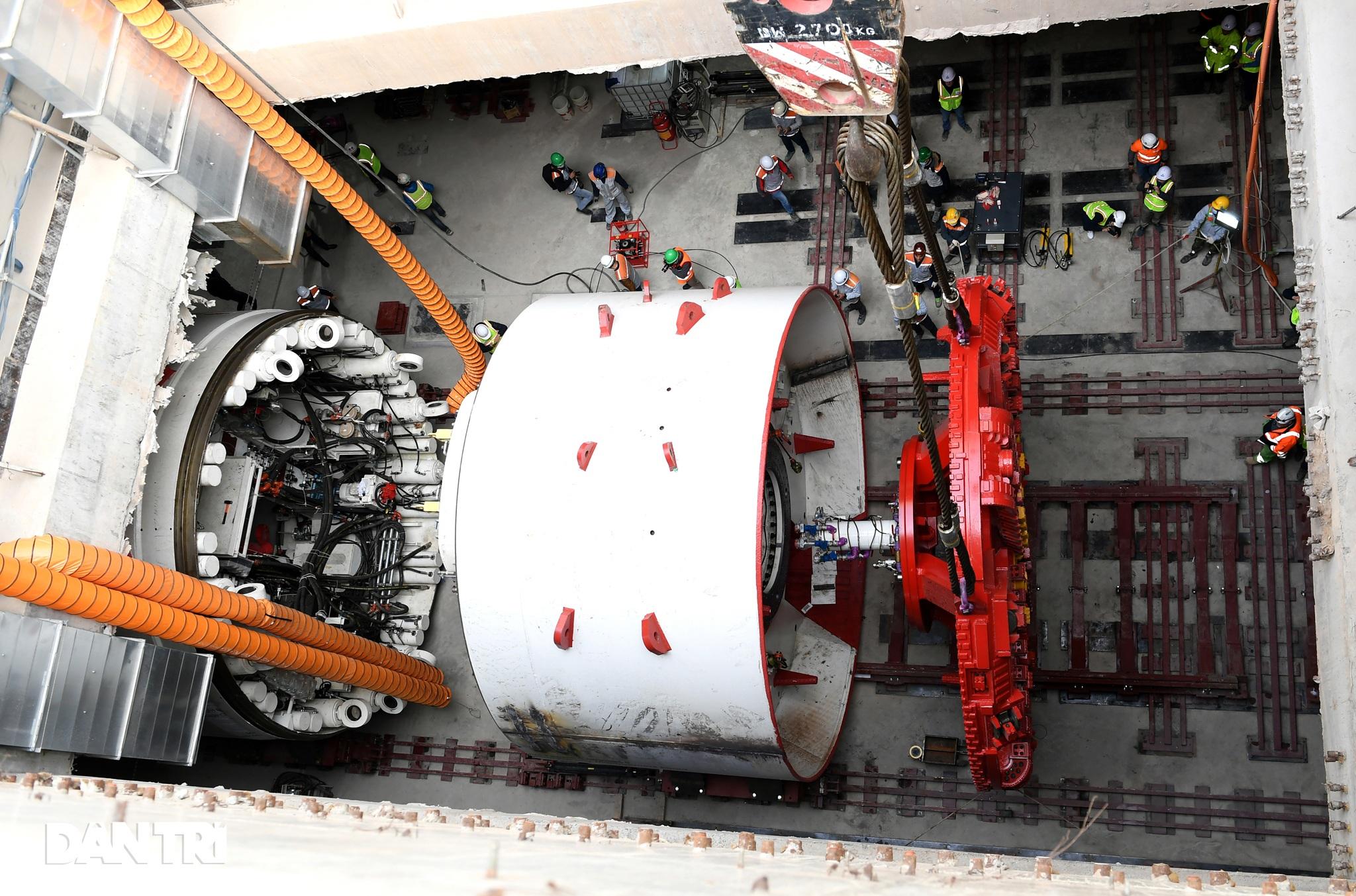 Ráp xong quái vật 860 tấn sẵn sàng đào hầm đường sắt Nhổn - ga Hà Nội - 5