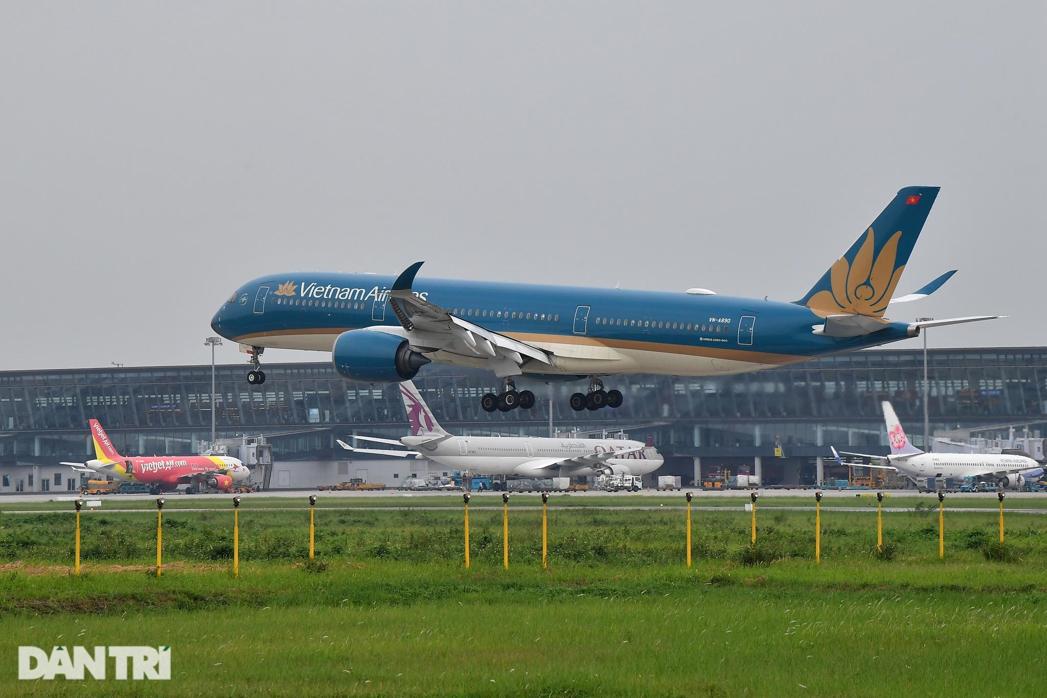Hoàn tất giải cứu đường băng Nội Bài, đón chuyến bay đầu tiên của năm mới - 21