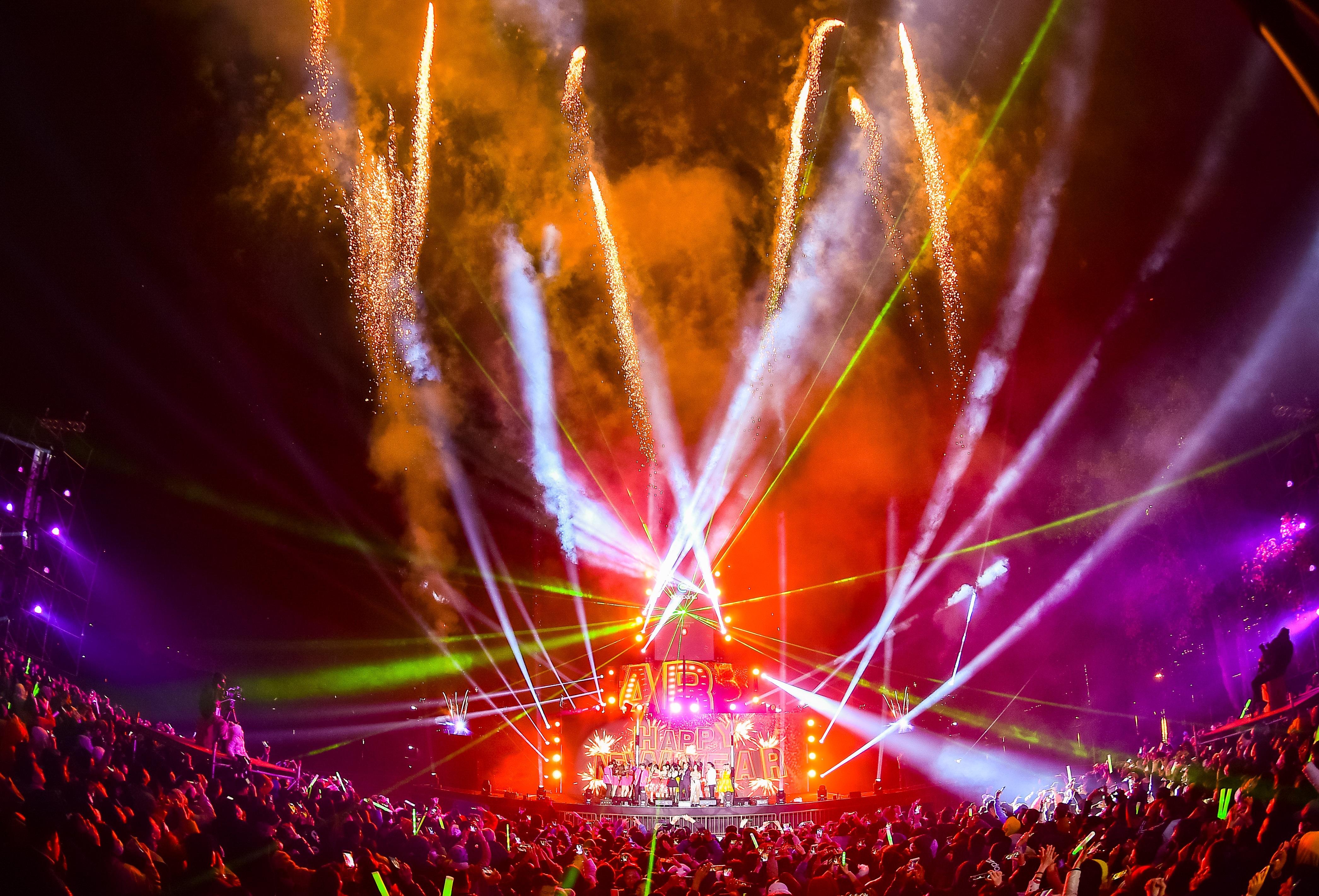 Bữa đại tiệc âm nhạc hoành tráng đón năm mới 2021 của cư dân Ecopark - 21