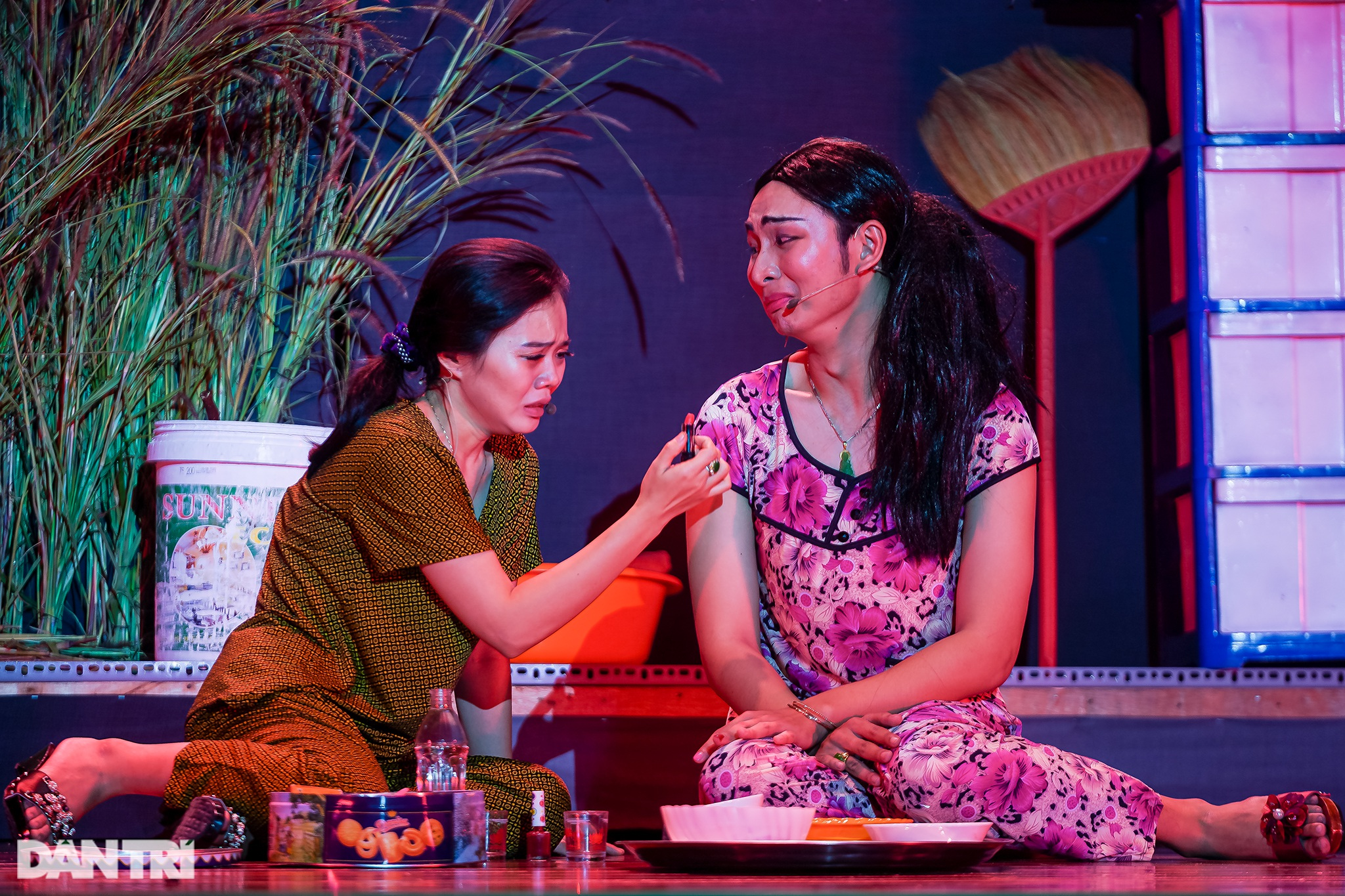Bất ngờ khoảnh khắc: Khi sinh viên làm kịch chuyên nghiệp - 11