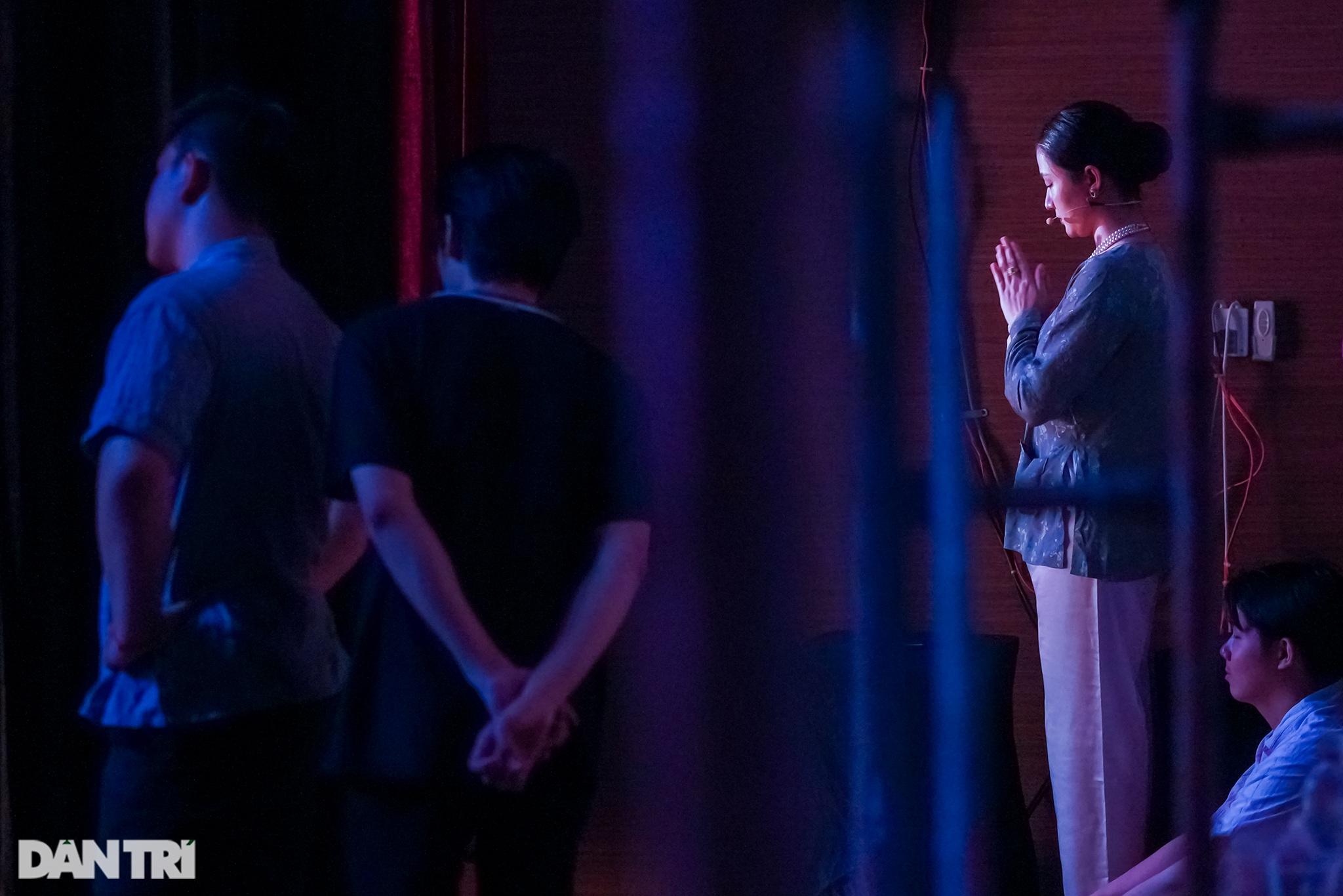 Bất ngờ khoảnh khắc: Khi sinh viên làm kịch chuyên nghiệp - 6