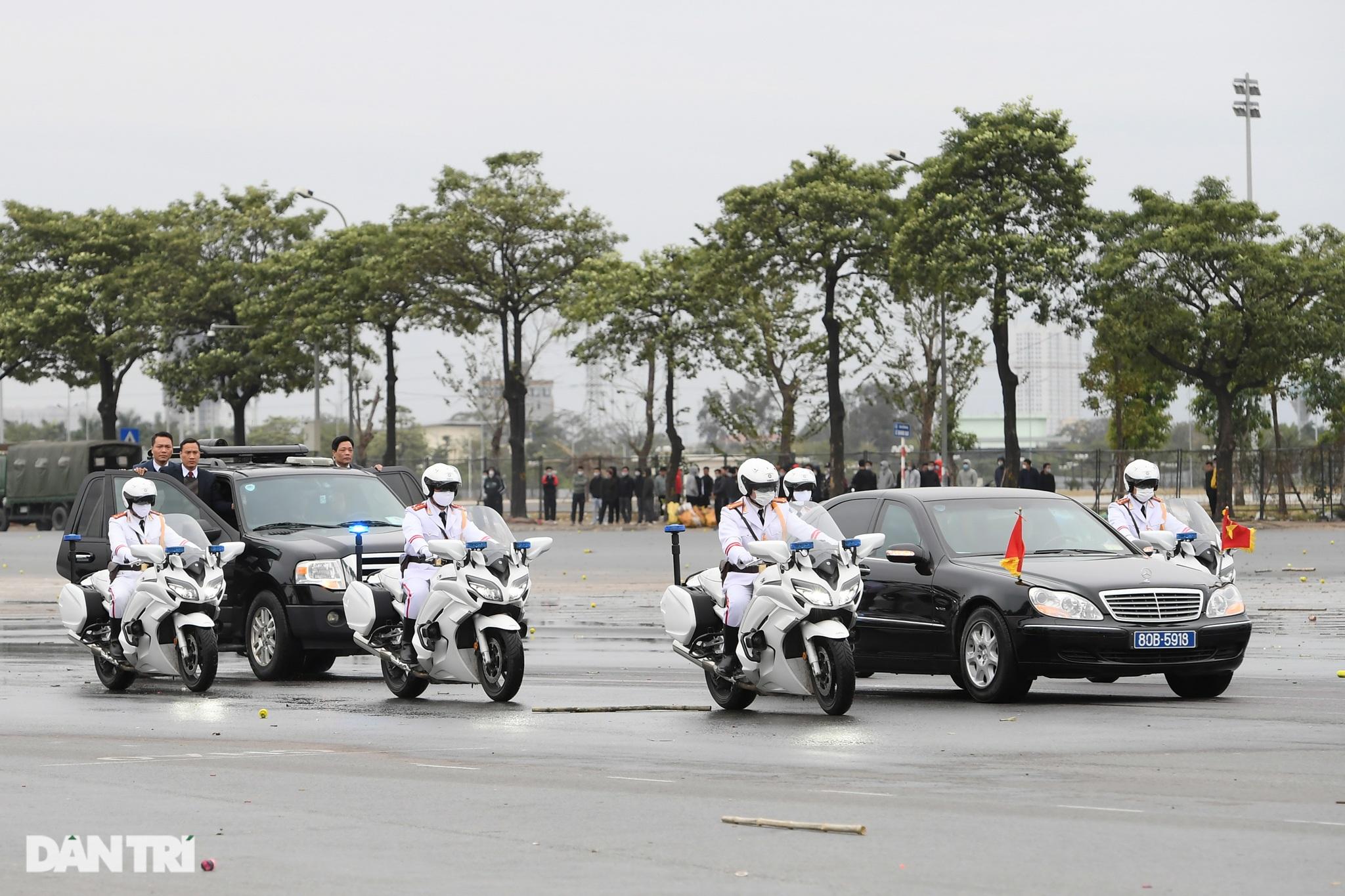 Diễn tập phòng chống khủng bố, bảo vệ nguyên thủ trước thềm Đại hội Đảng - 2
