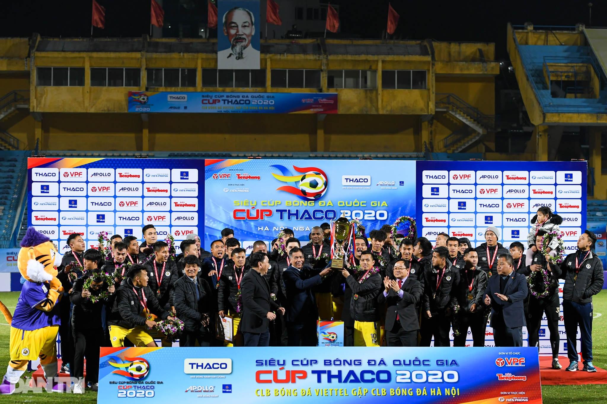 Những khoảnh khắc CLB Hà Nội hạ CLB Viettel, giành Siêu Cúp Quốc gia - 17