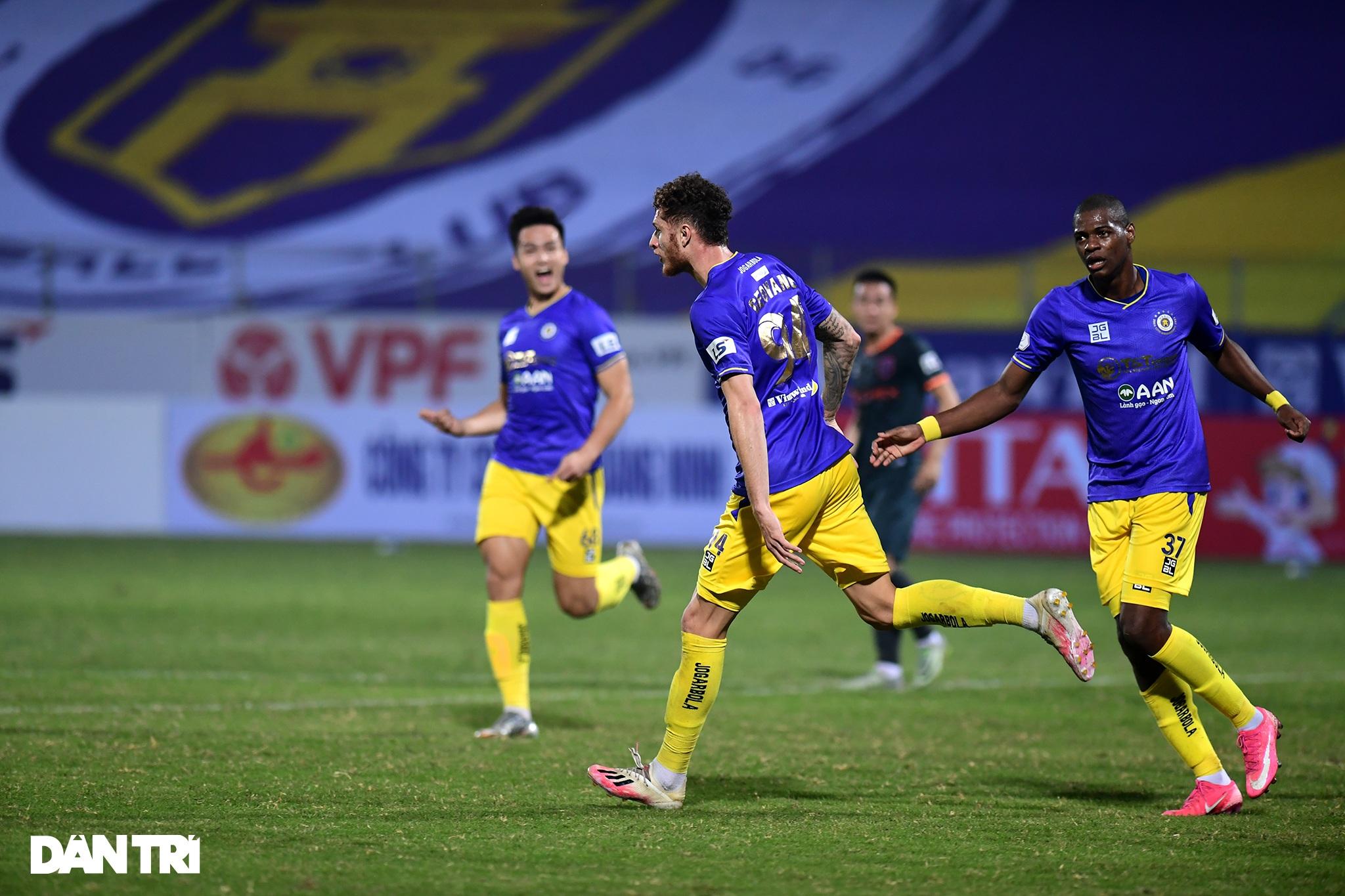 Những khoảnh khắc CLB Hà Nội thua trận thứ hai liên tiếp ở V-League - 4