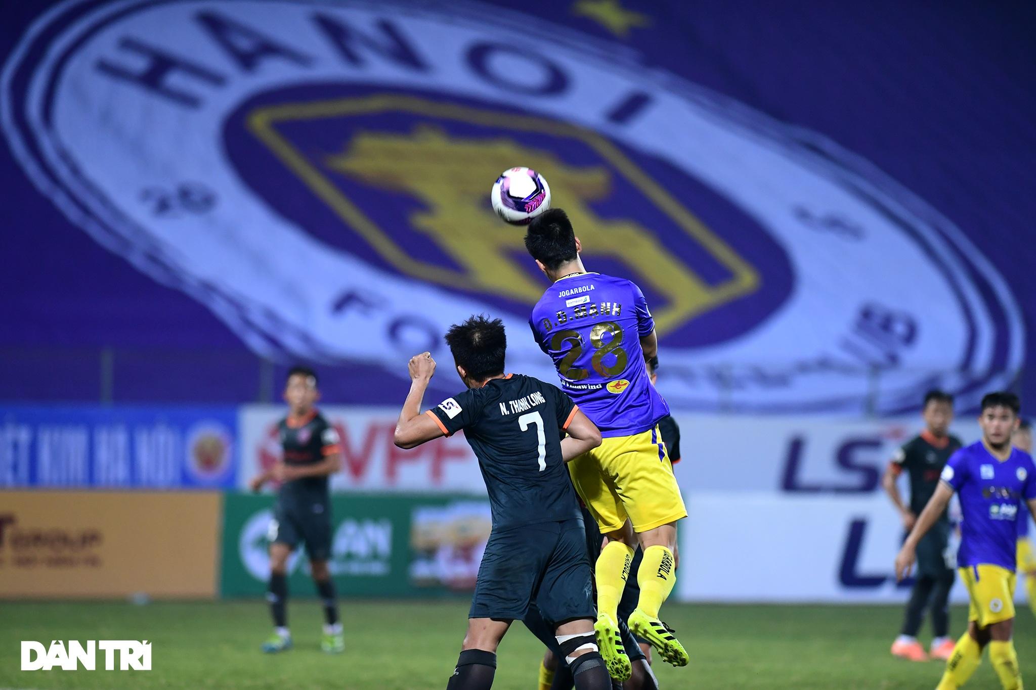 Những khoảnh khắc CLB Hà Nội thua trận thứ hai liên tiếp ở V-League - 18