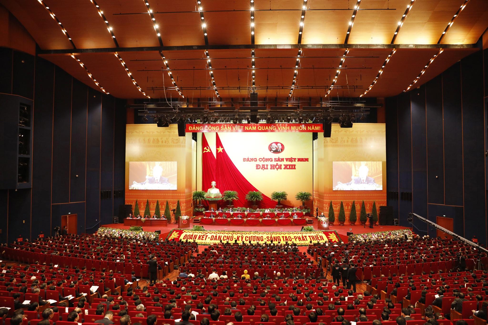 Toàn cảnh phiên khai mạc Đại hội Đại biểu toàn quốc lần thứ XIII của Đảng