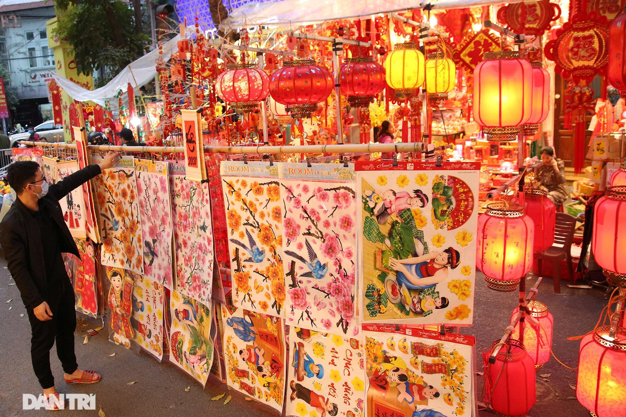 Chợ hoa Hàng Lược bắt đầu khoe sắc đón người dân sắm Tết - 10