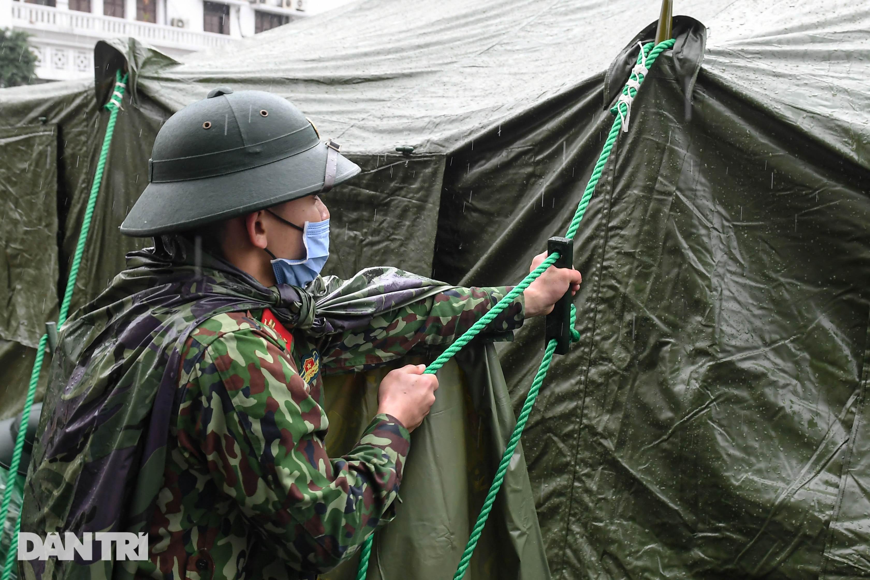 Toàn cảnh bệnh viện dã chiến Bạch Mai sẵn sàng chống dịch Covid-19 - 12